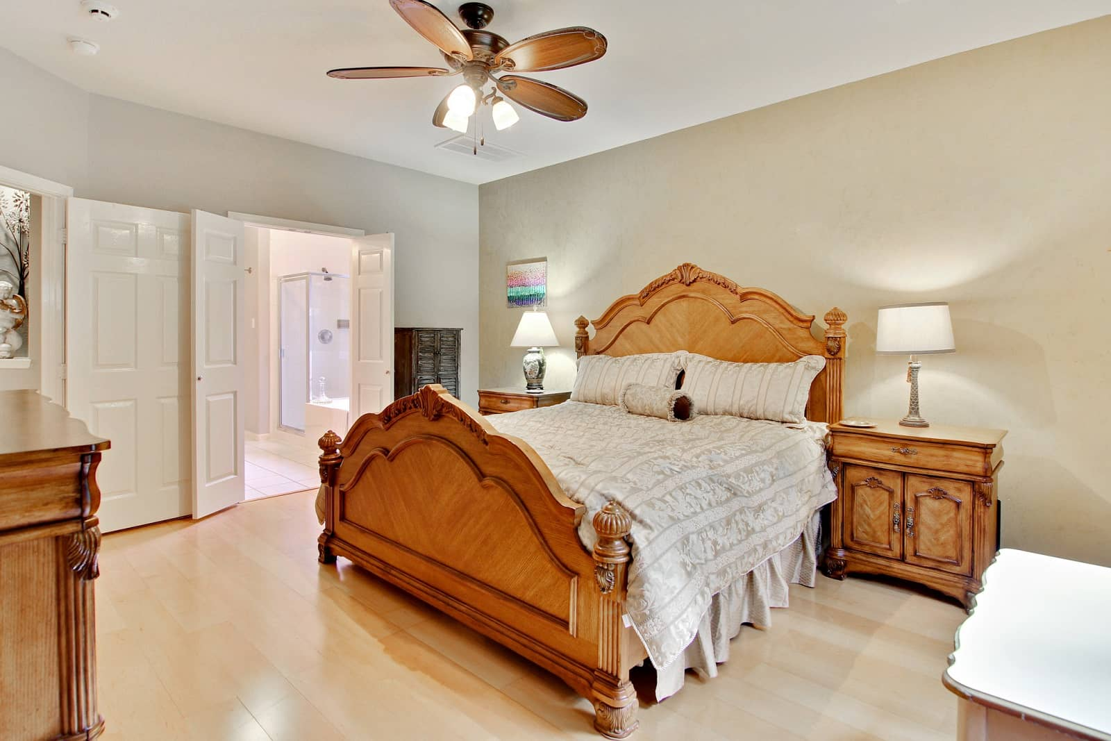 Real Estate Photographers in Conroe - TX - Bedroom View
