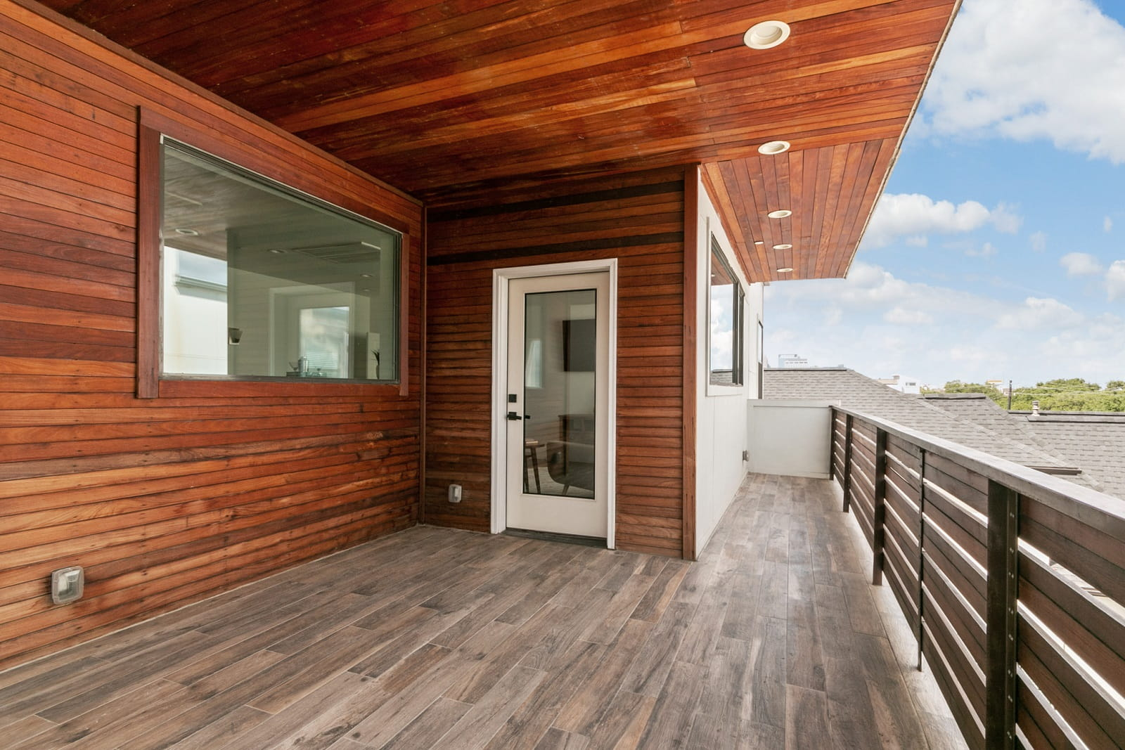 Real Estate Photographers in Houston TX - Balcony View