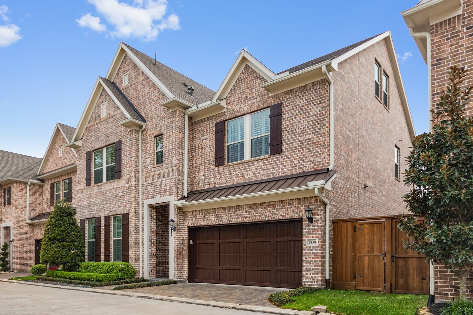 Real Estate Photographers in Sugar Land - TX - Front View