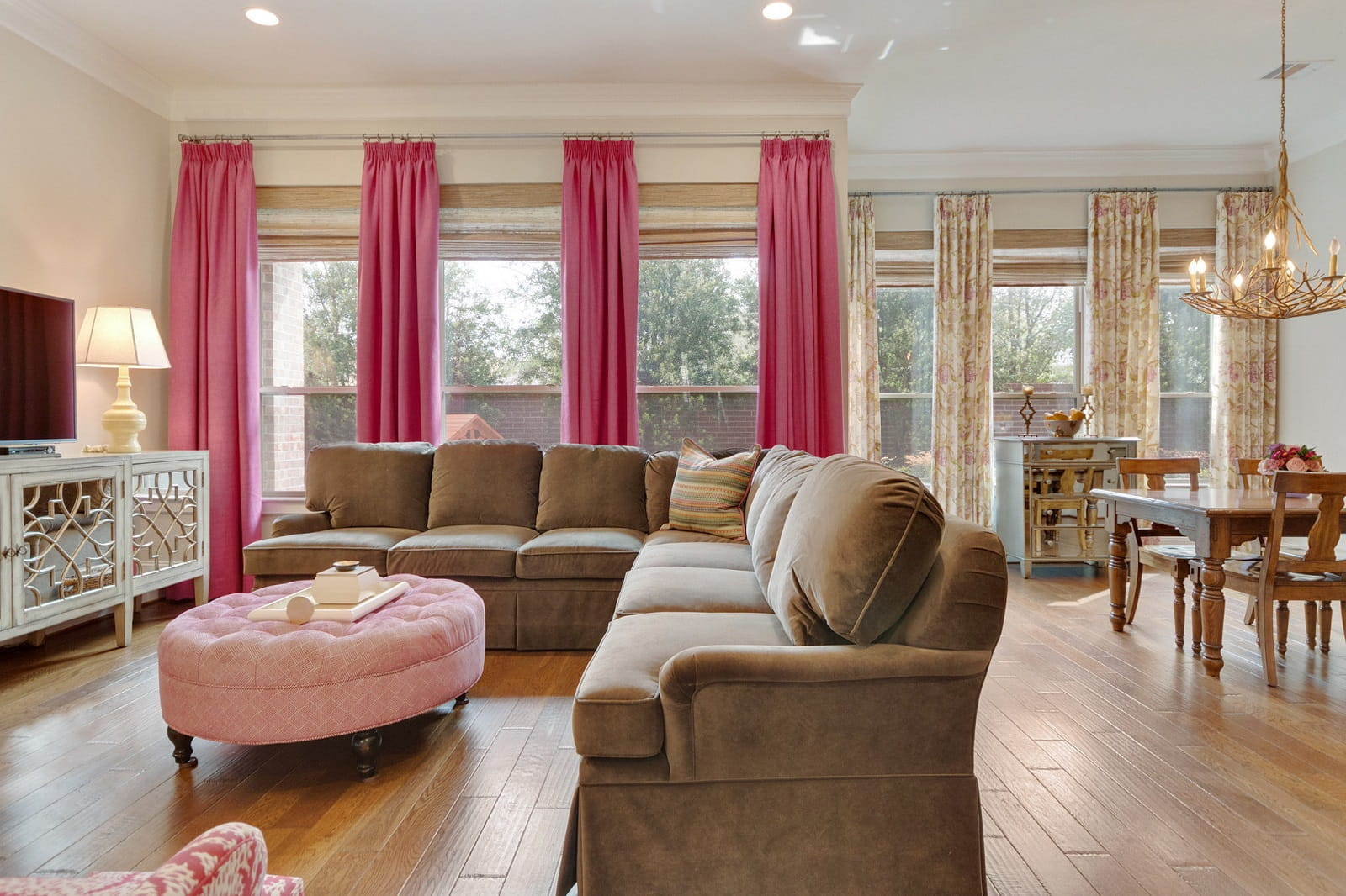 Real Estate Photographers in Sugar Land - TX - Living Area View