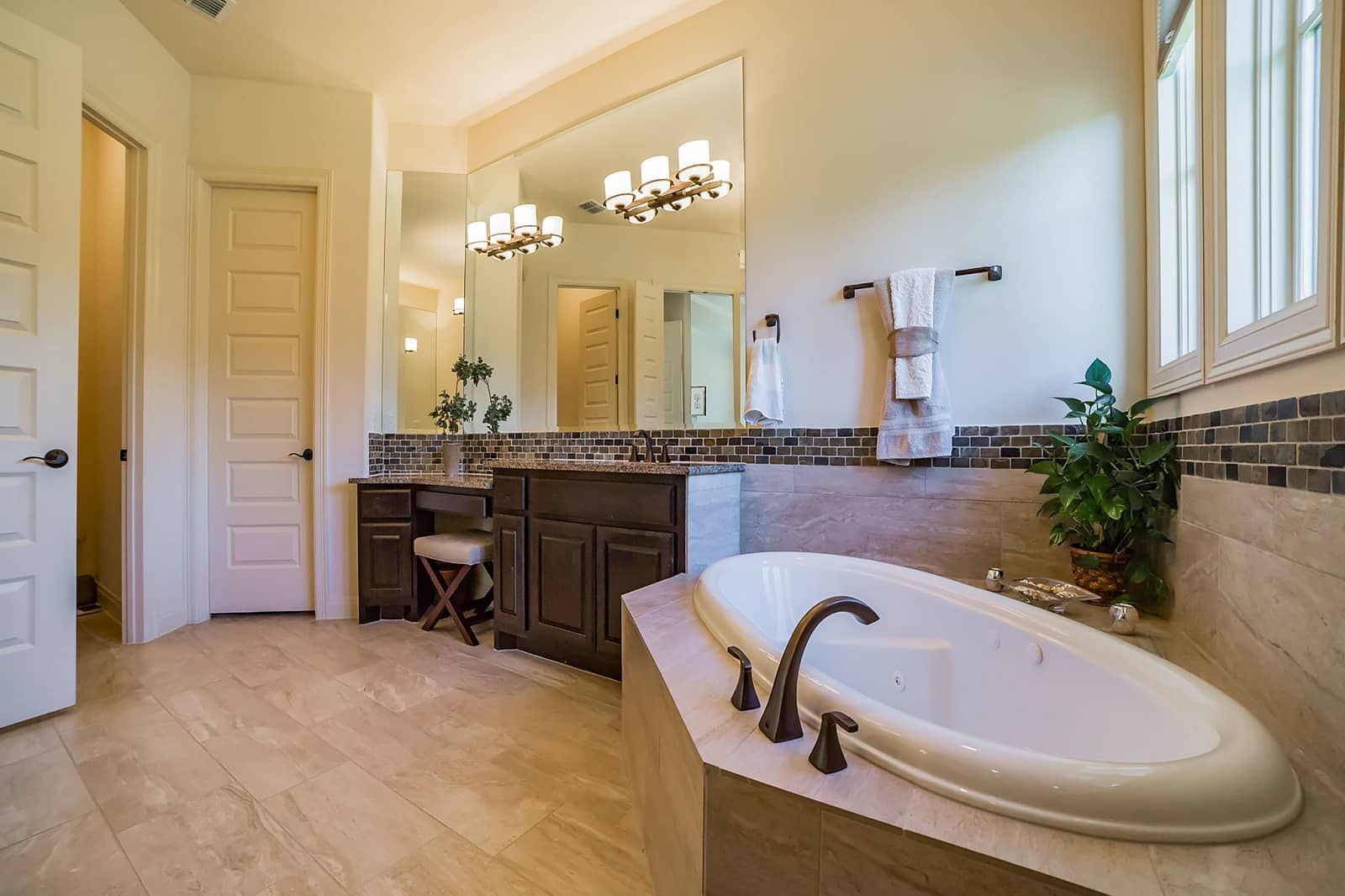 Real Estate Photography in Georgetown - TX - Bath View