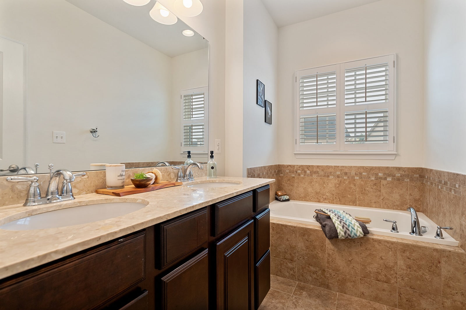 Real Estate Photography in Washington D.C - Bath View