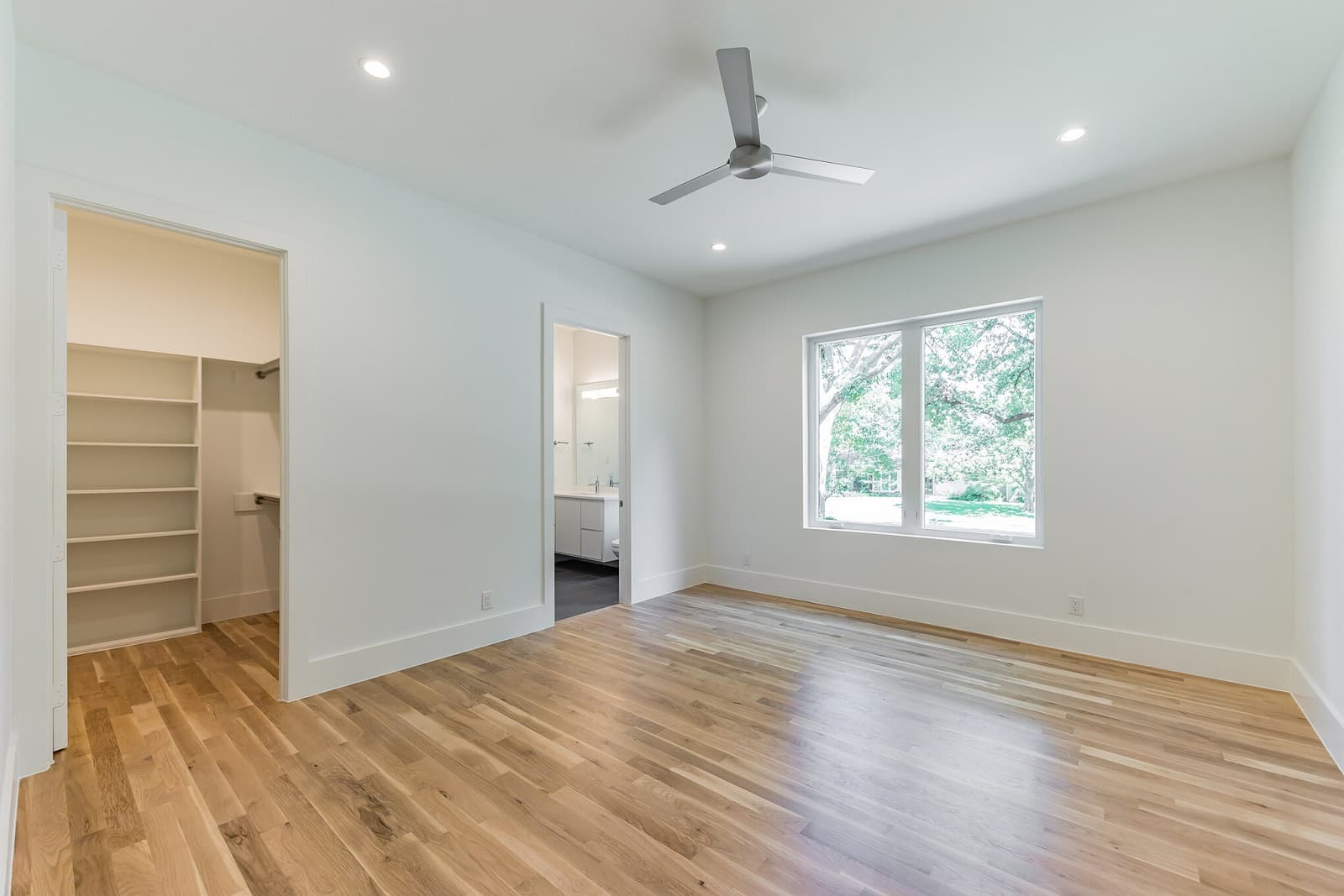 Real Estate Photography in Dallas - Bedroom View