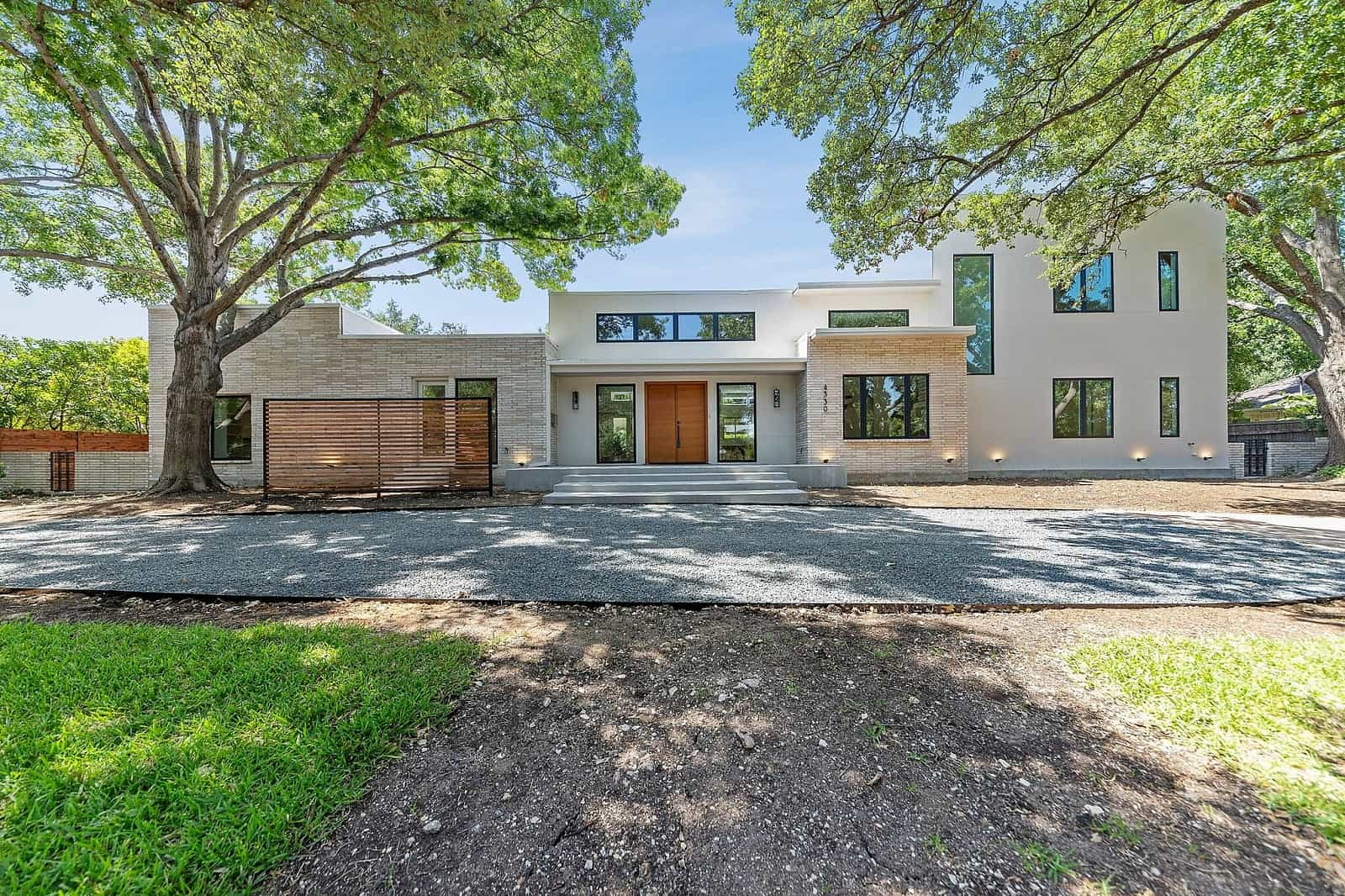 Real Estate Photography in Dallas - Front View