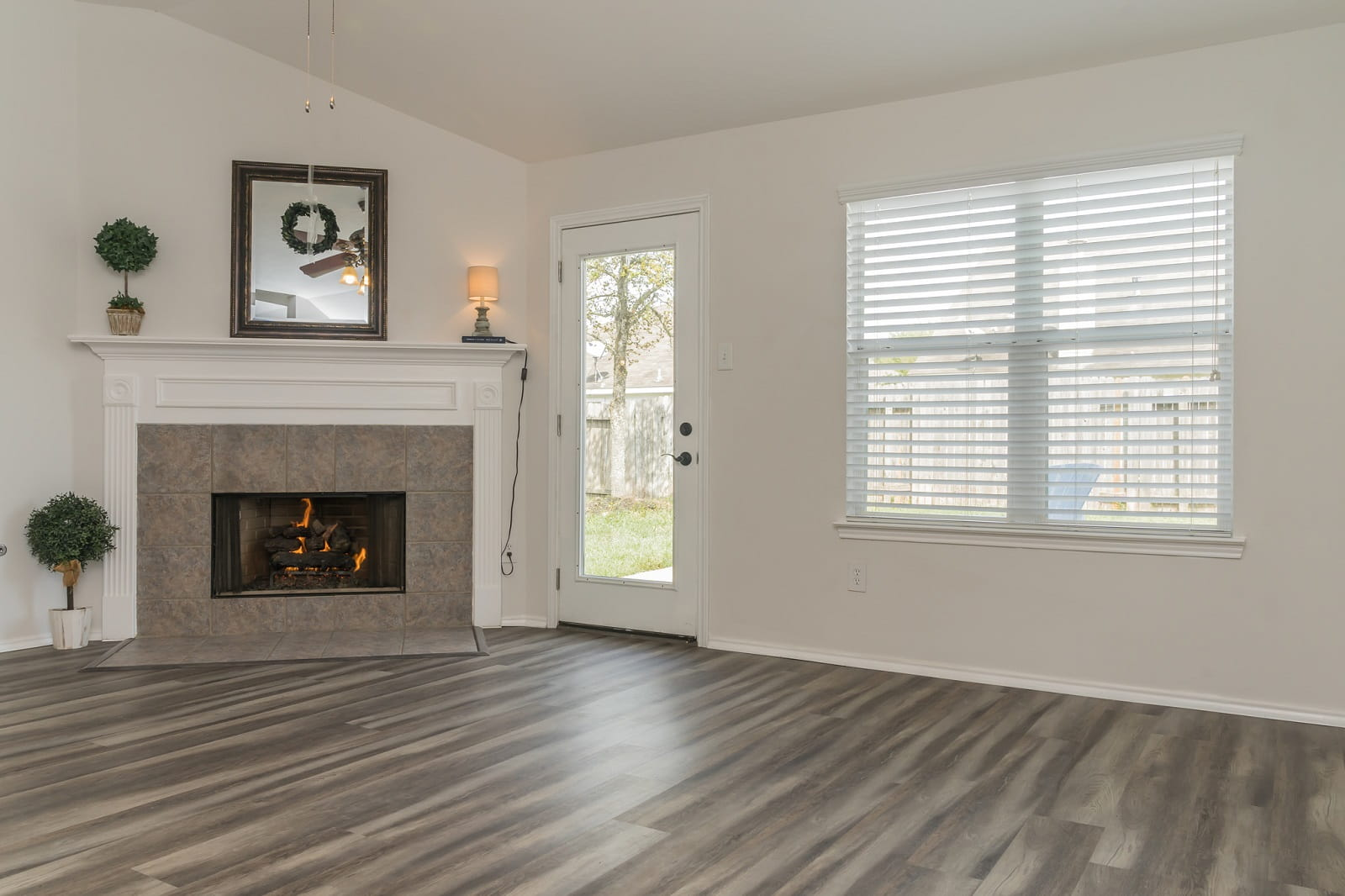 Real Estate Photographers in Baytown - TX - Living Area View
