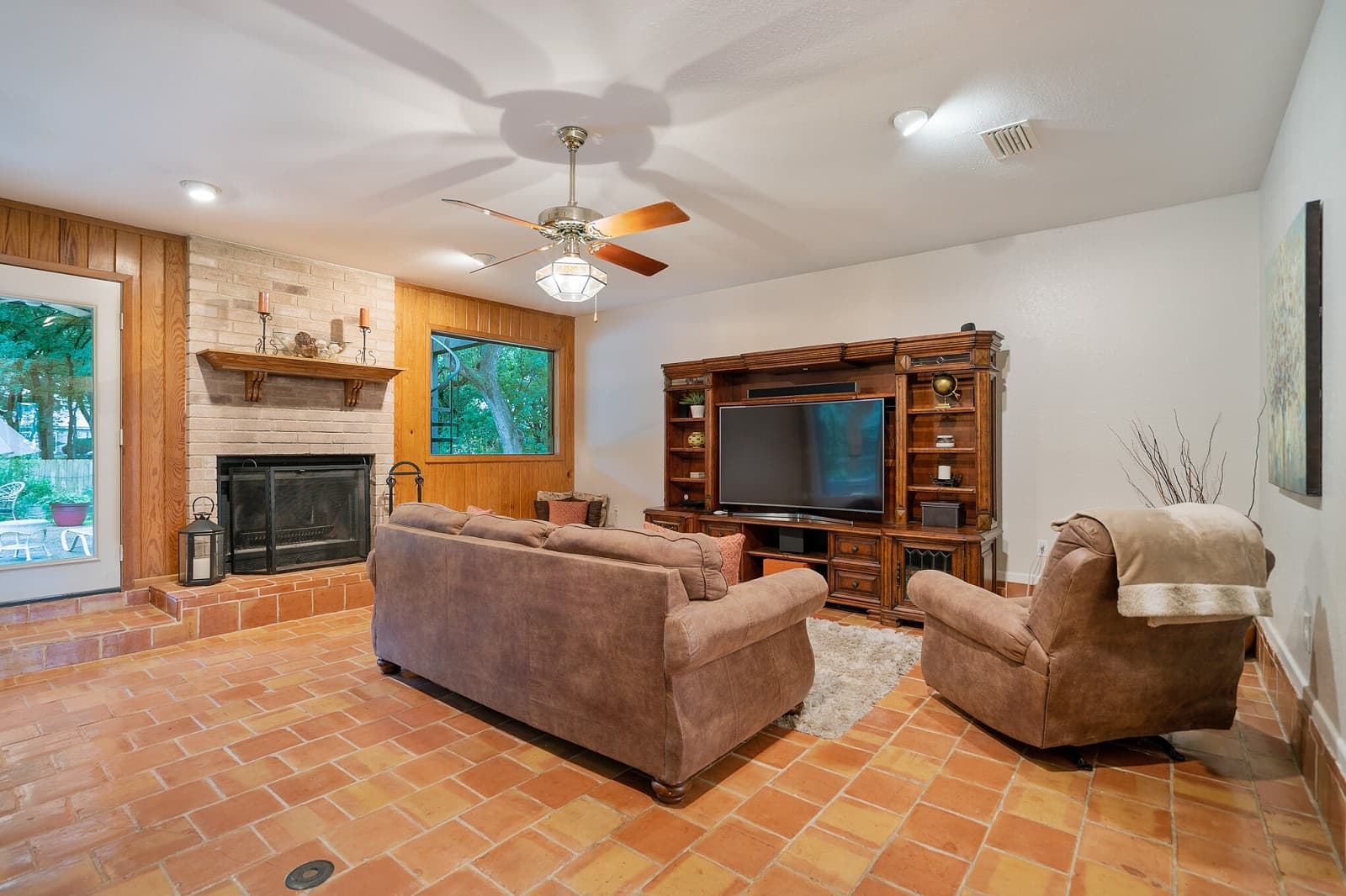 Real Estate Photography in Seguin - TX - Living Area View