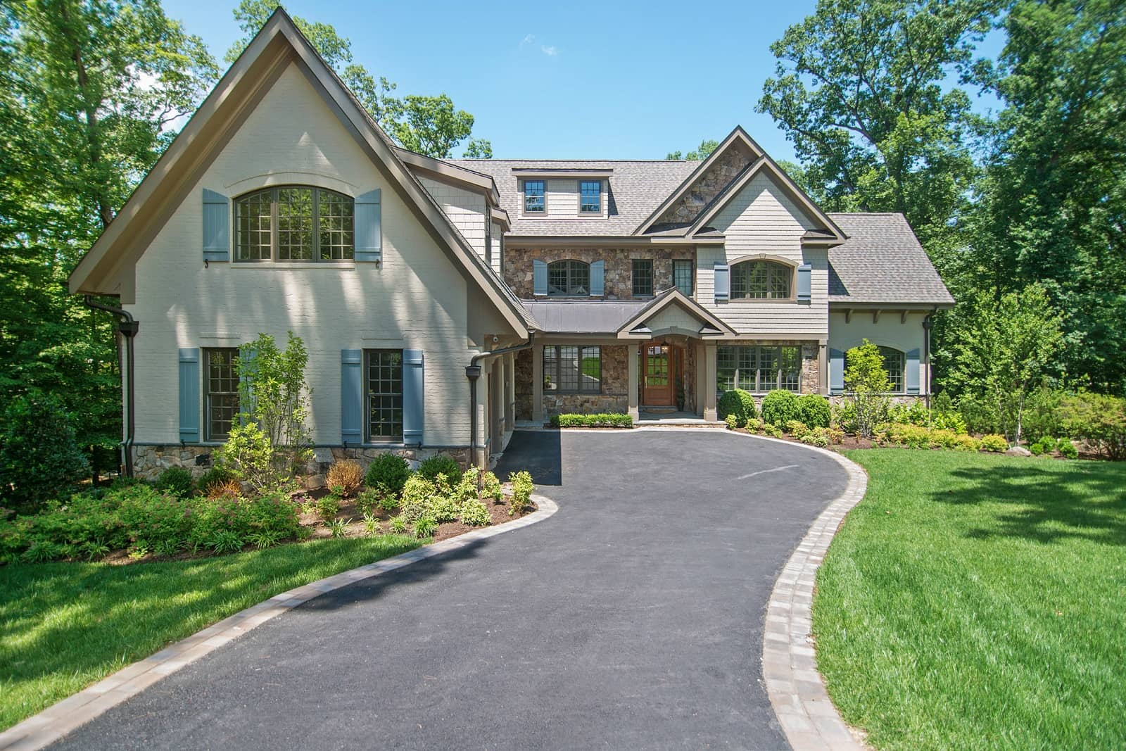 Real Estate Photography in Arlington - Front View