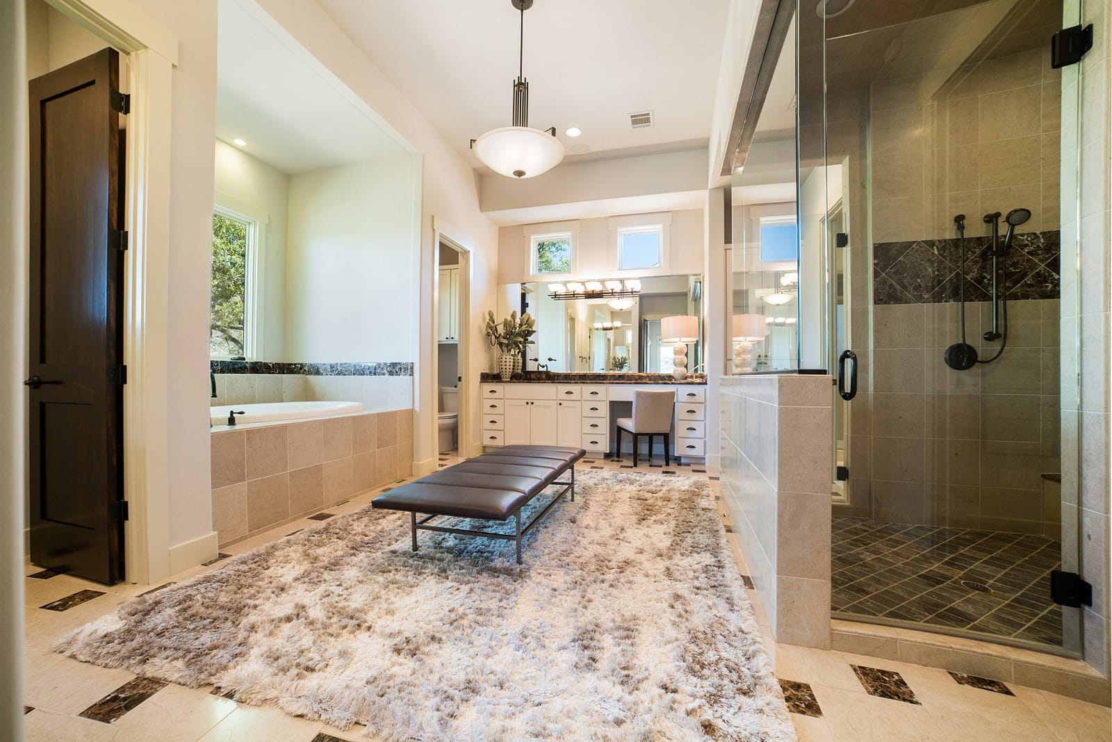 Real Estate Photography in Austin - TX - Bath View