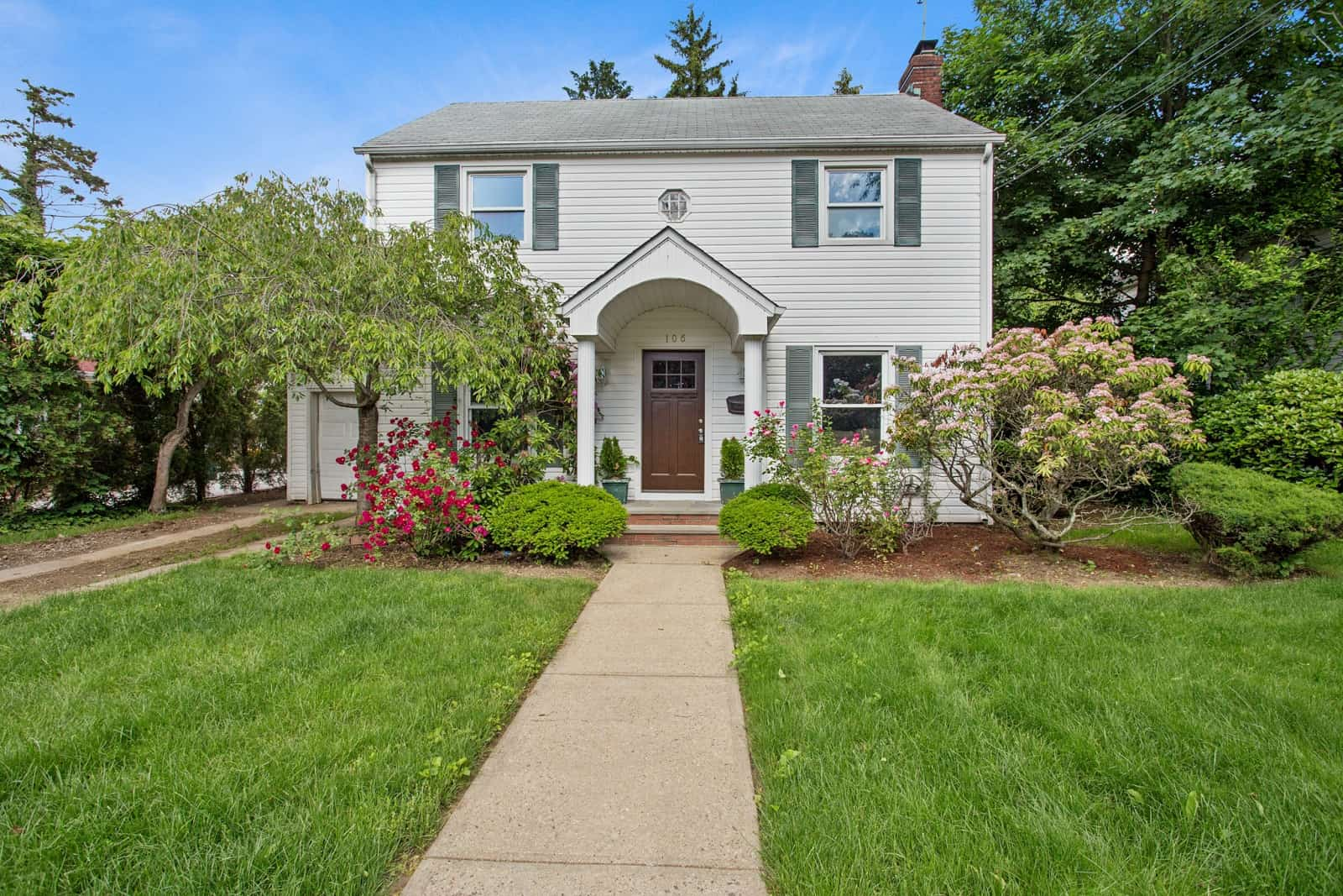 Real Estate Photography in Hempstead - NY - USA - Front View