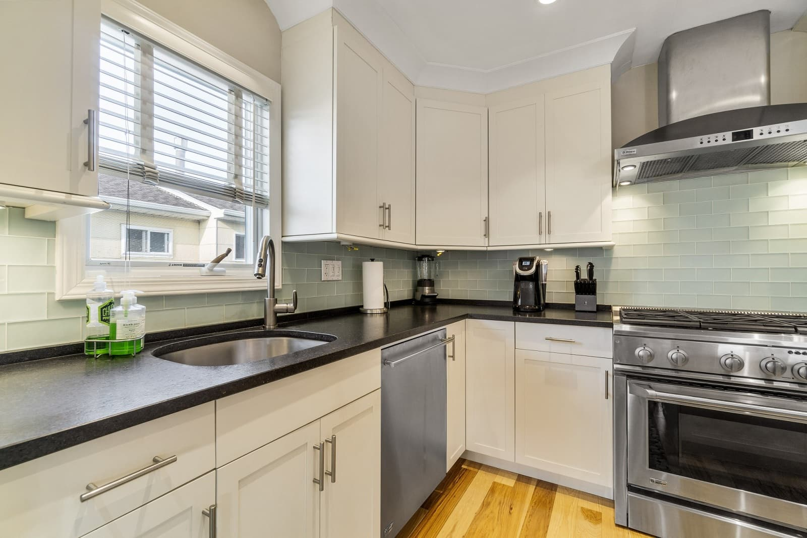 Real Estate Photography in Long Beach - NY - USA - Kitchen View