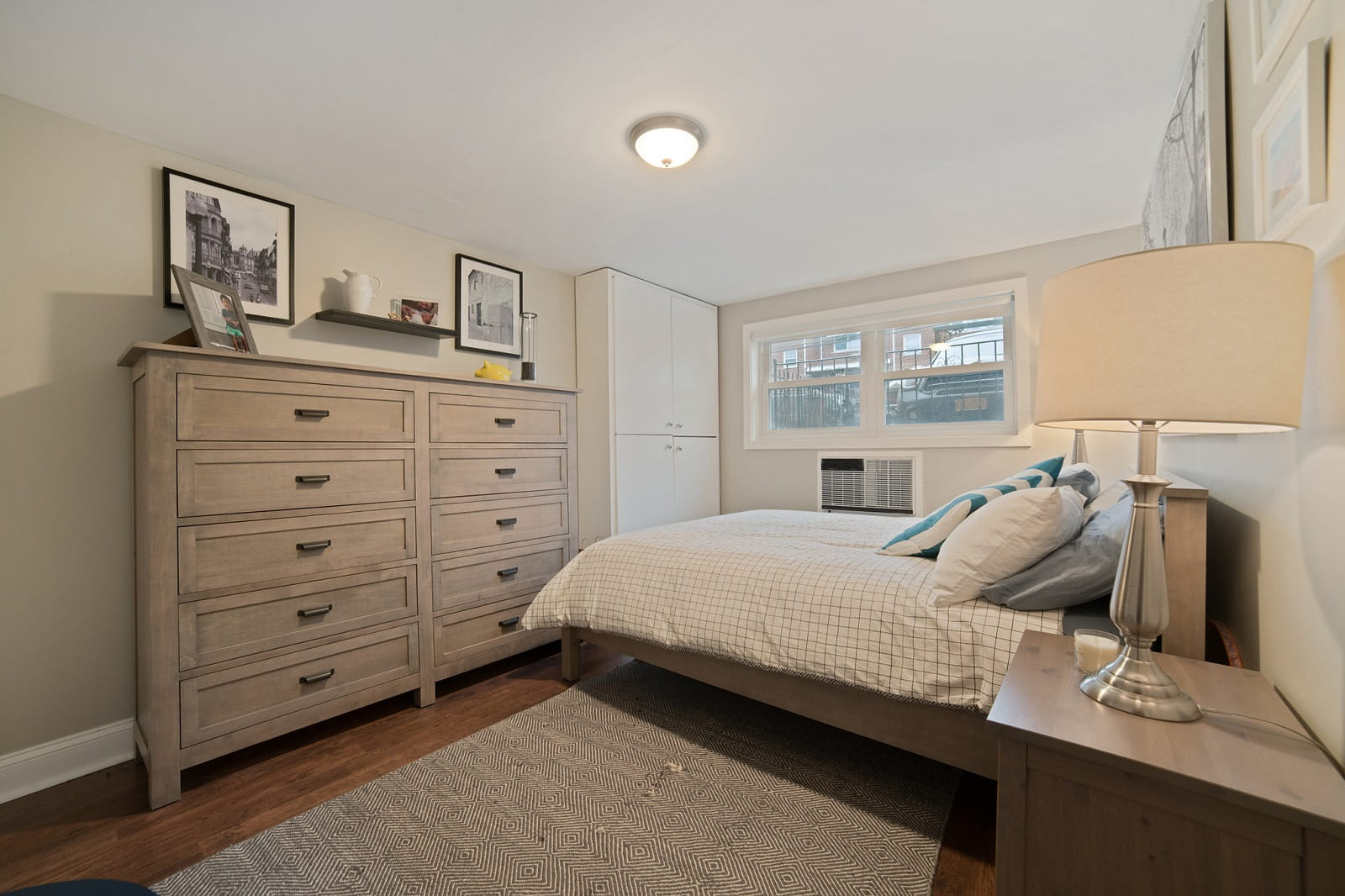 Real Estate Photography in Bronx - New York - USA - Bedroom View