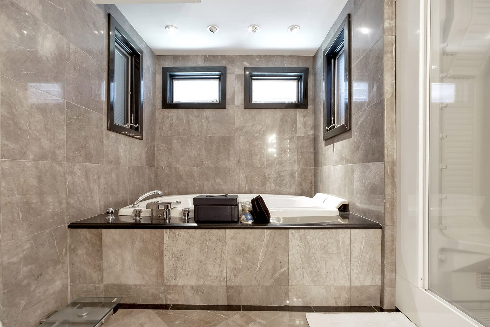 Real Estate Photography in Staten Island - New York - NY - USA - Bathroom View