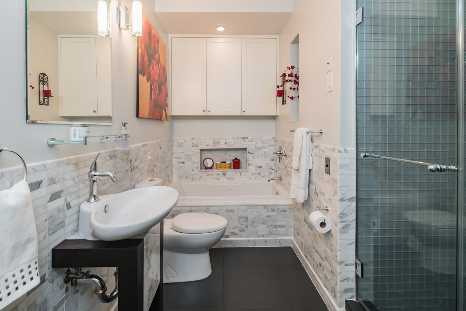Real Estate Photography in Newyork City - NY - USA - Bathroom View