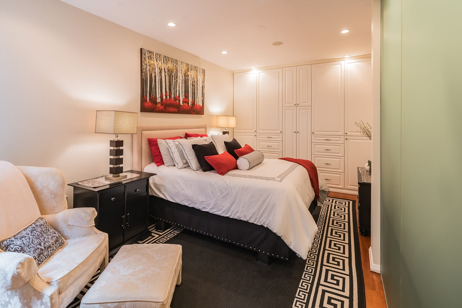 Real Estate Photography in Newyork City - NY - USA - Bedroom View