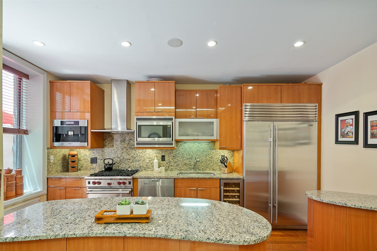 Real Estate Photography in Newyork City - NY - USA - Kitchen View