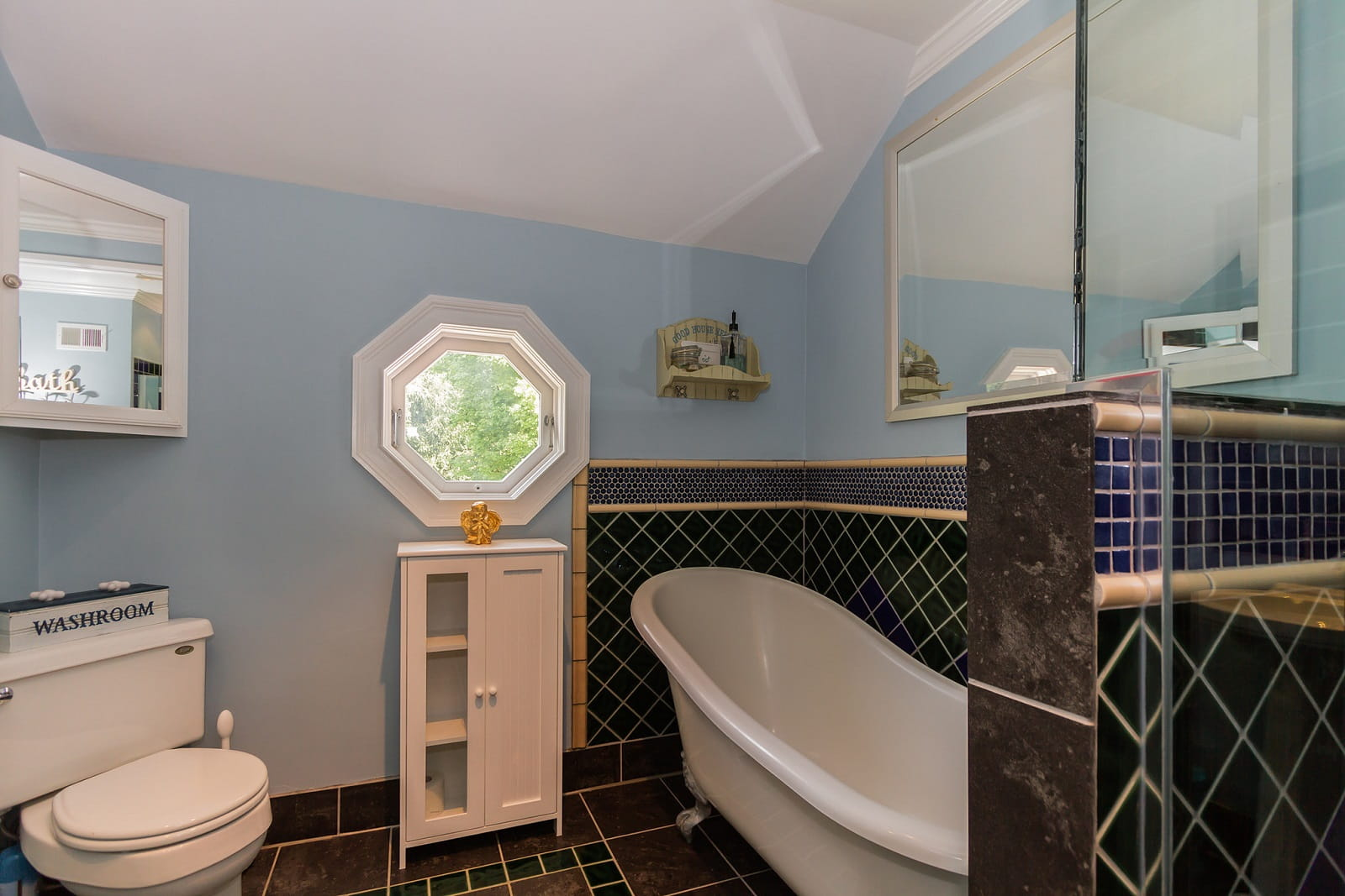 Real Estate Photography in Westchester - NY - USA - Bathroom View