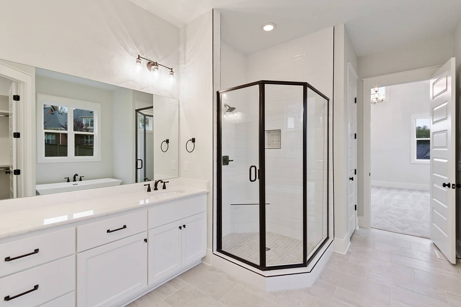 Real Estate Photography in Franklin - TN - USA - Bathroom View