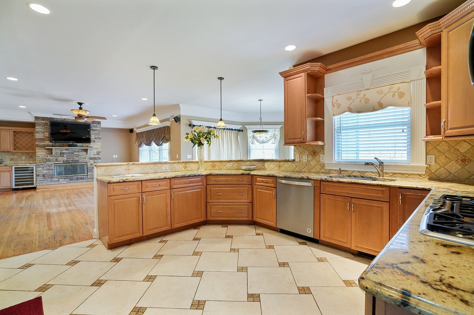 Real Estate Photography in Huntington - NY - USA - Kitchen View