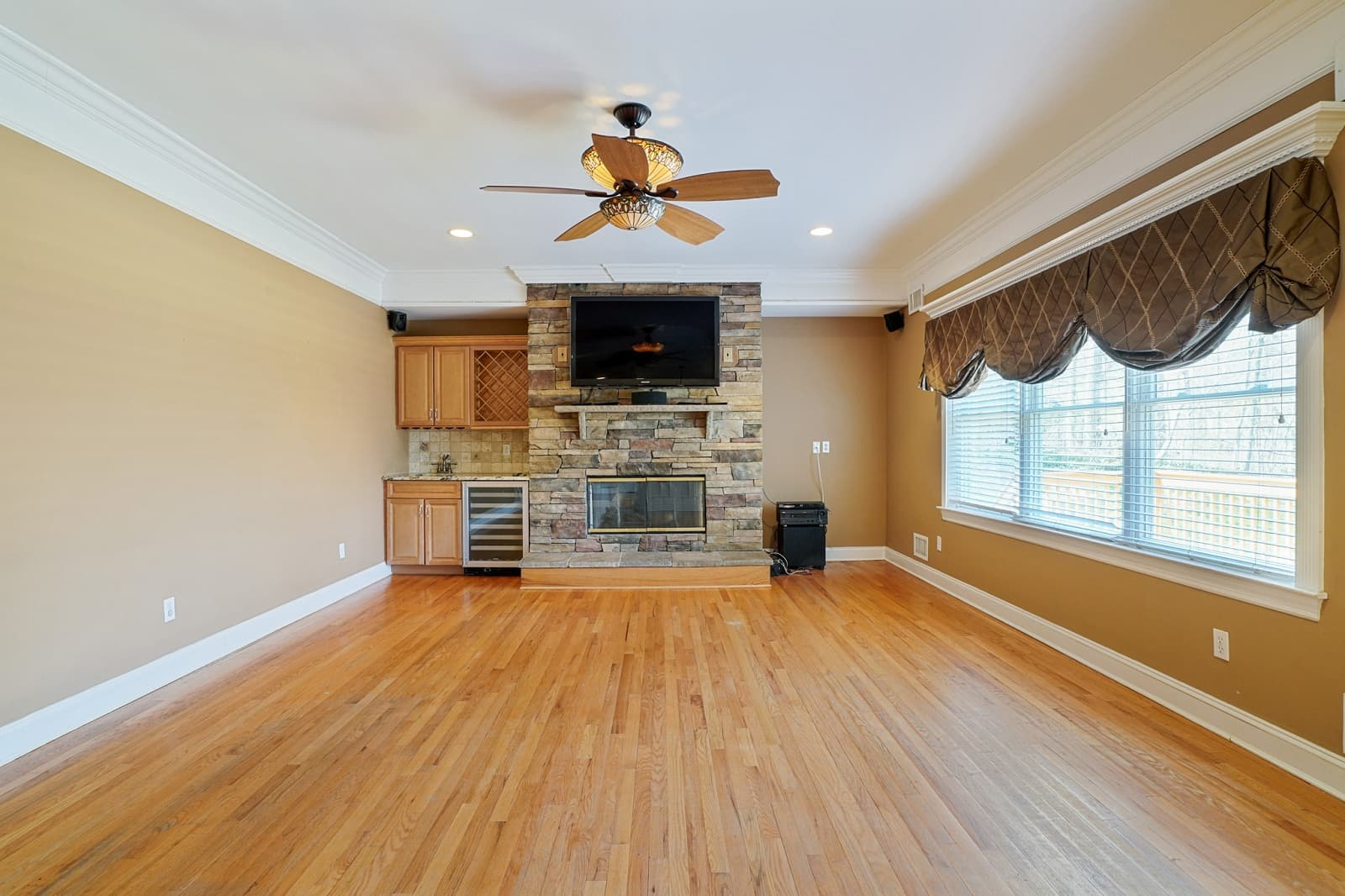 Real Estate Photography in Huntington - NY - USA - Living Area View