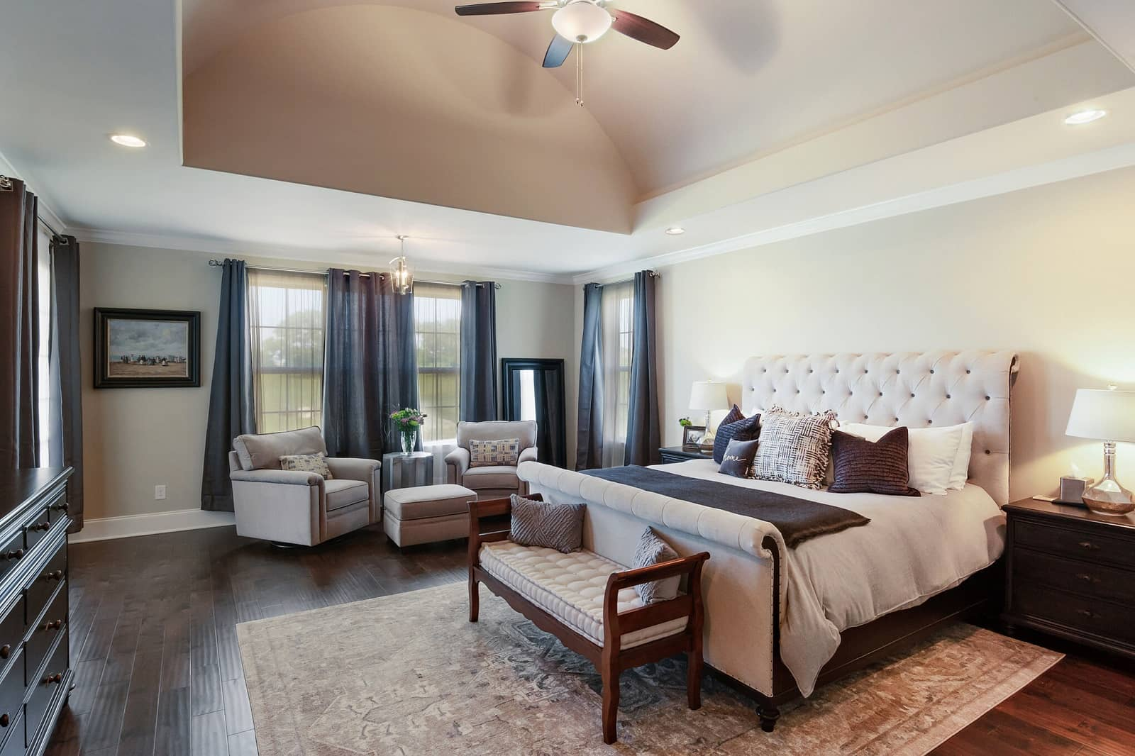 Real Estate Photography in Hendersonville - TN - USA - Bedroom View