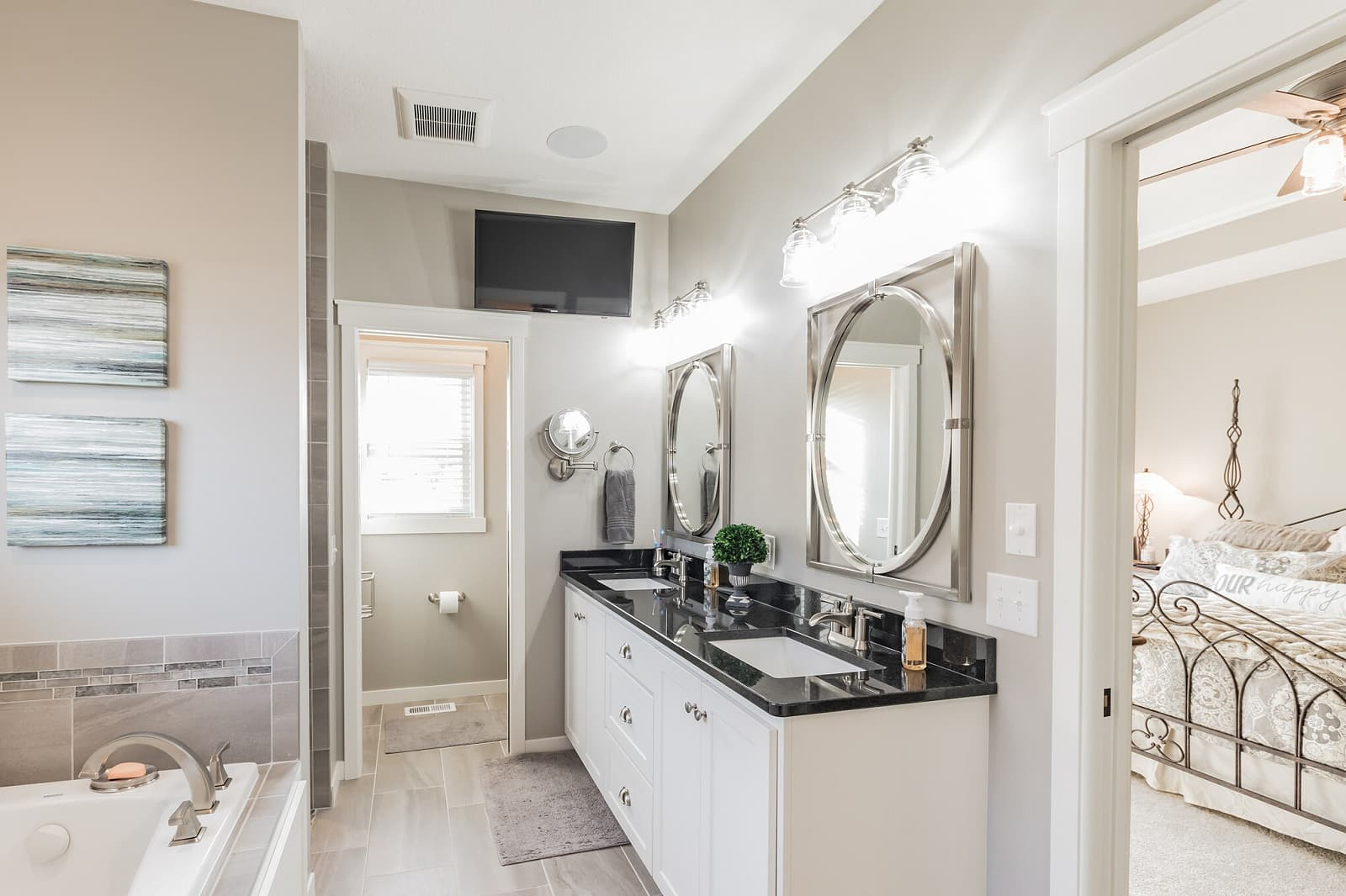 Real Estate Photography in St Paul - MN - Bathroom View