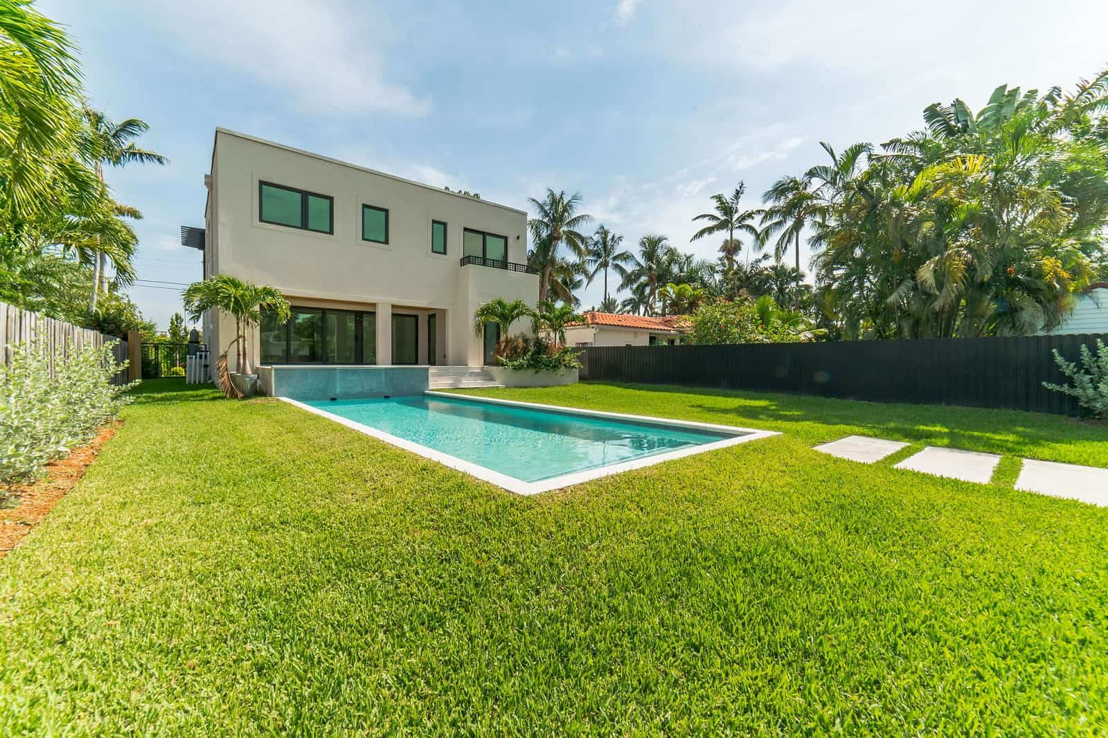 Real Estate Photography in Hollywood - FL - USA - Front View