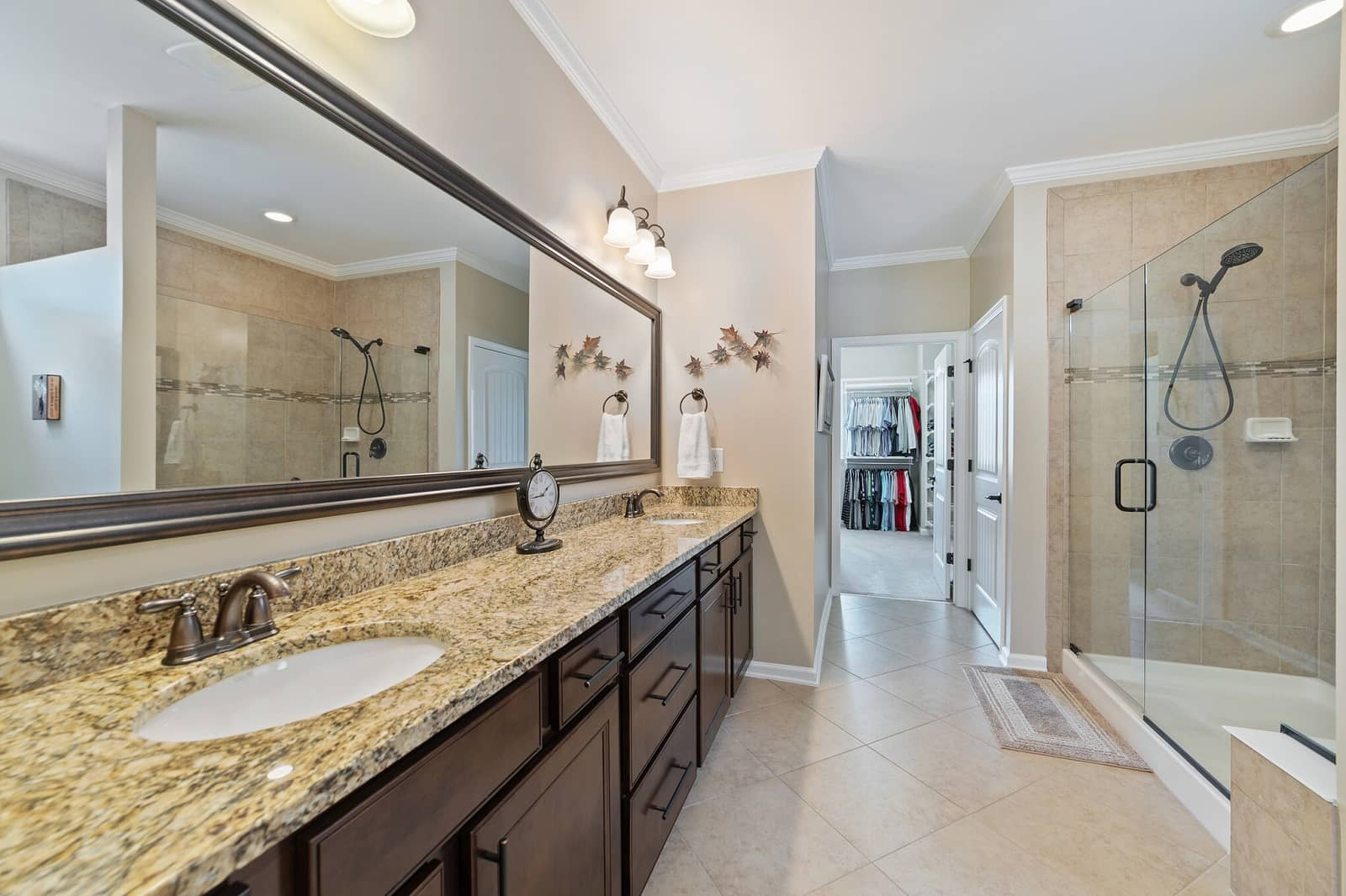 Real Estate Photography in Durham - NC - USA - Bathroom View