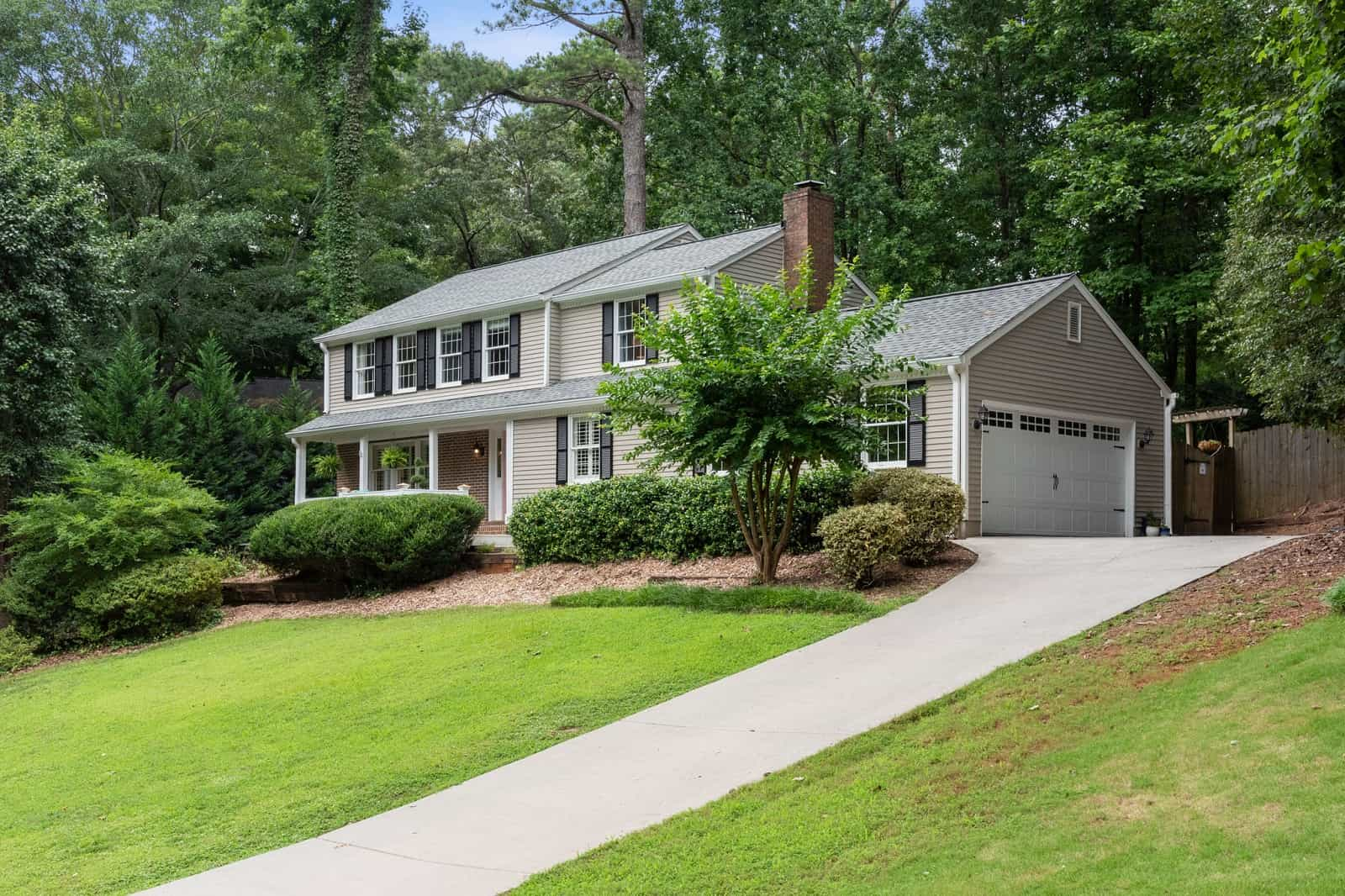 Real Estate Photography in Roswell - GA - USA - Front View