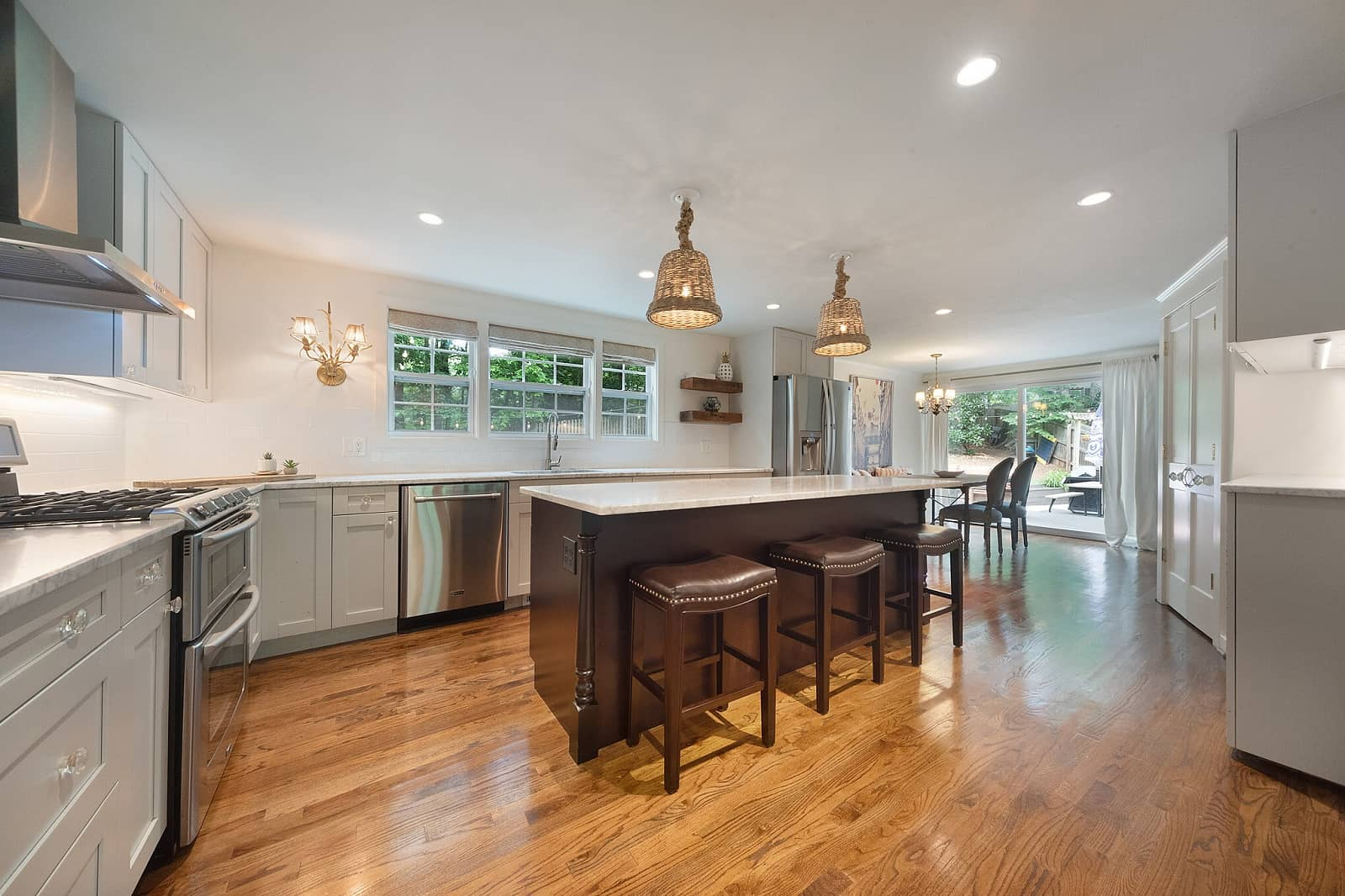 Real Estate Photography in Roswell - GA - USA - Kitchen View
