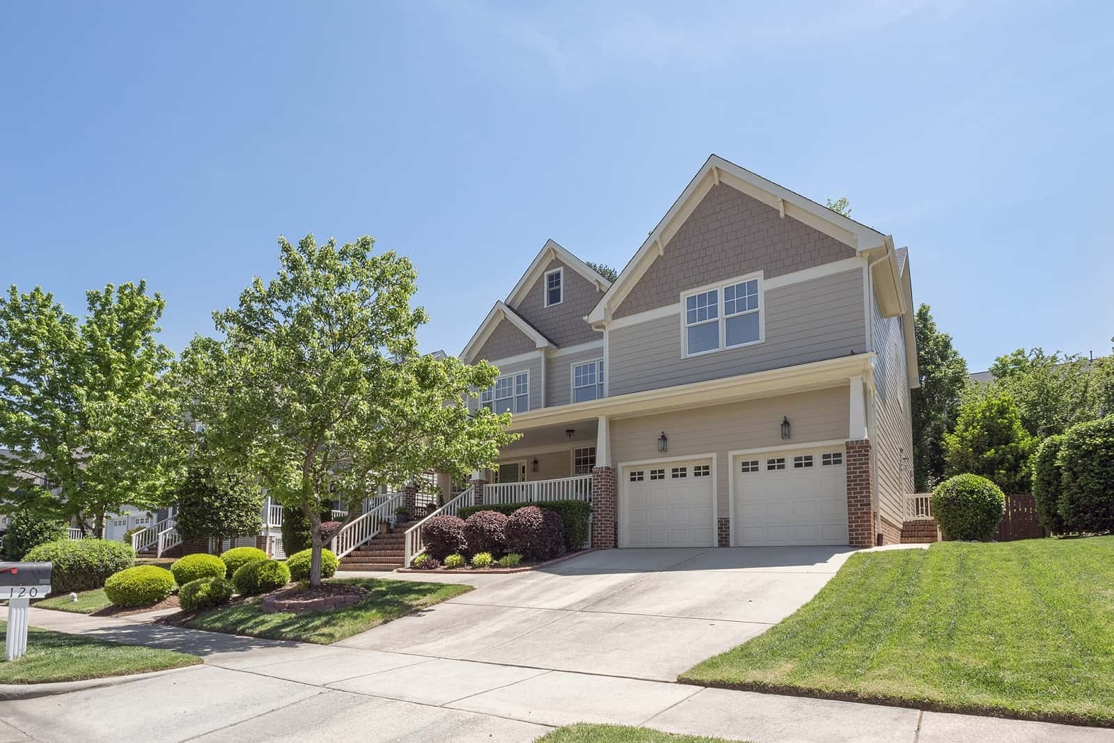 Real Estate Photography in Cary - NC - USA - Front View