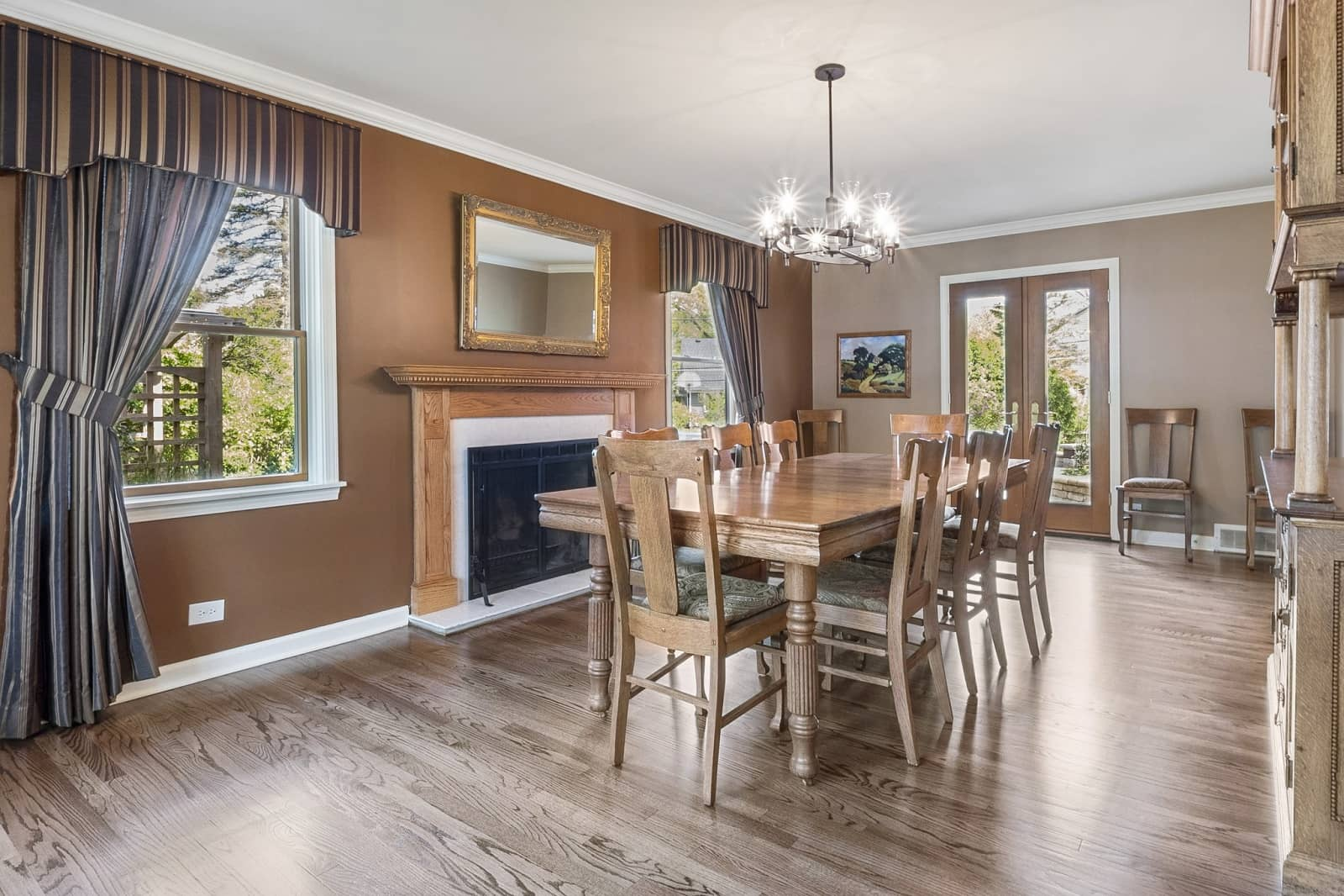 Real Estate Photography in Naperville - IL - USA - Dining Area View