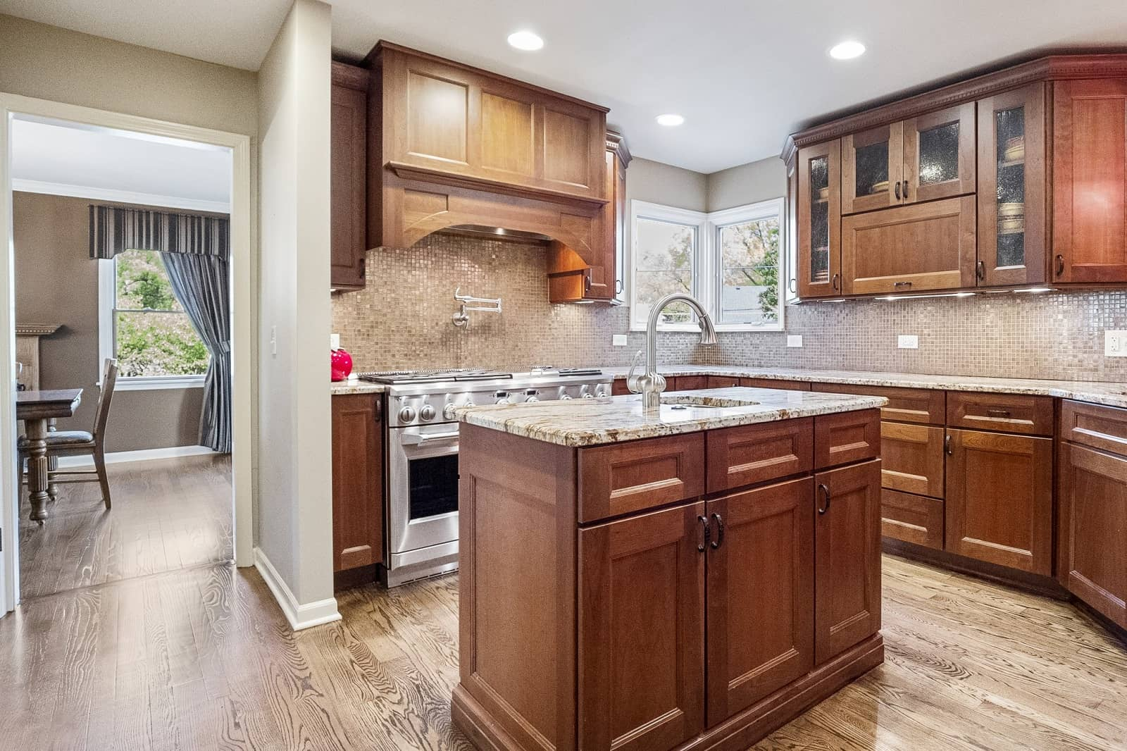 Real Estate Photography in Naperville - IL - USA - Kitchen View