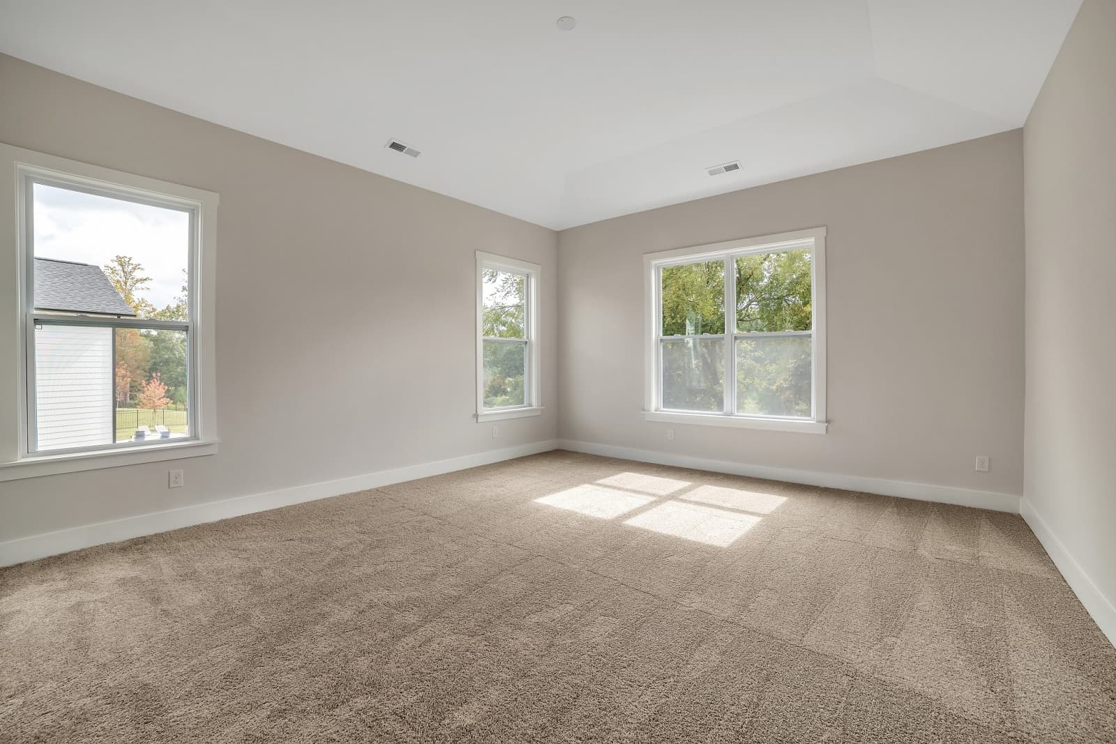 Real Estate Photography in Huntersville - NC - USA - Bedroom View