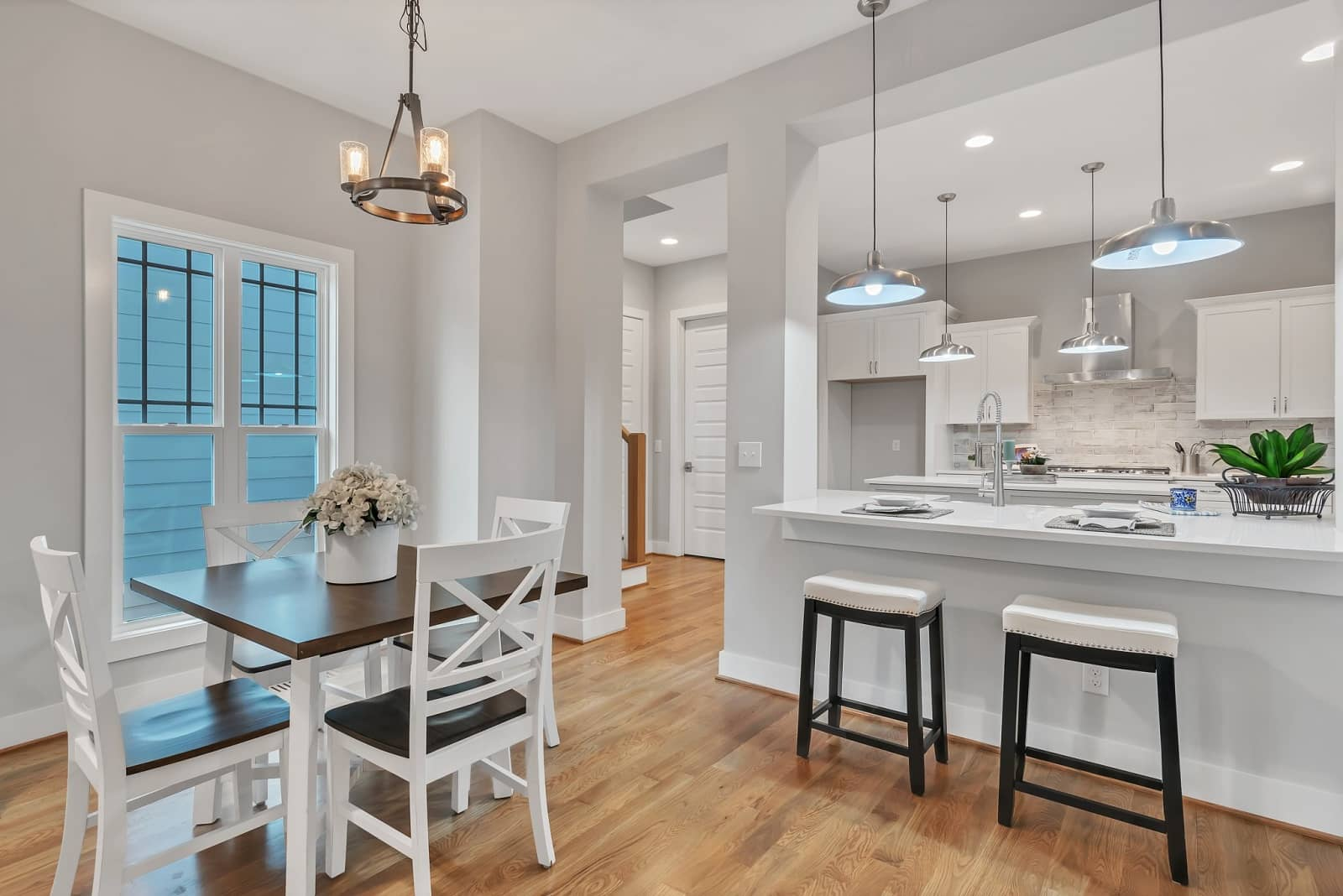 Real Estate Photography in Raleigh - NC - USA - Kitchen View
