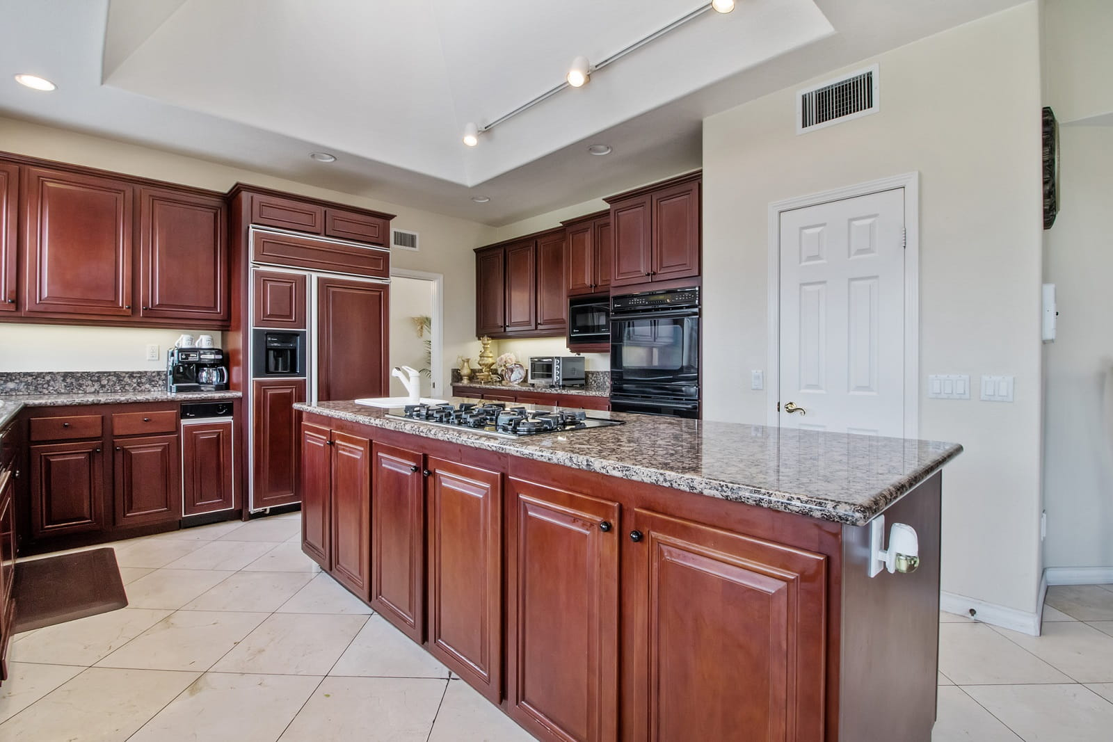 Real Estate Photography in Anaheim - CA - USA - Kitchen View
