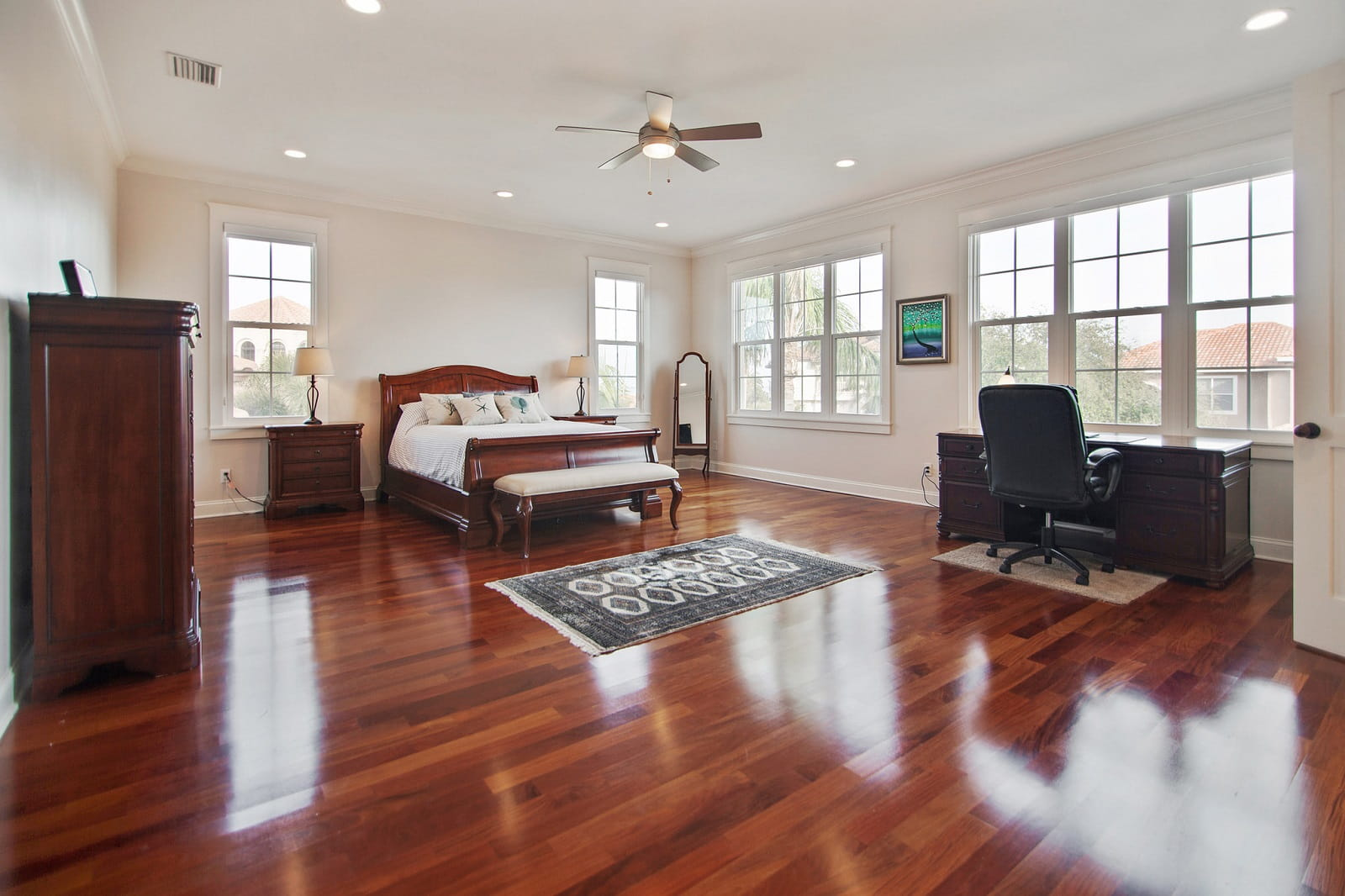 Real Estate Photography in St. Petersburg - FL - USA - Bedroom View