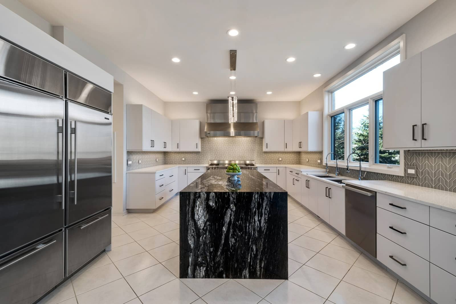 Real Estate Photography in Waukegan - IL - USA - Kitchen View