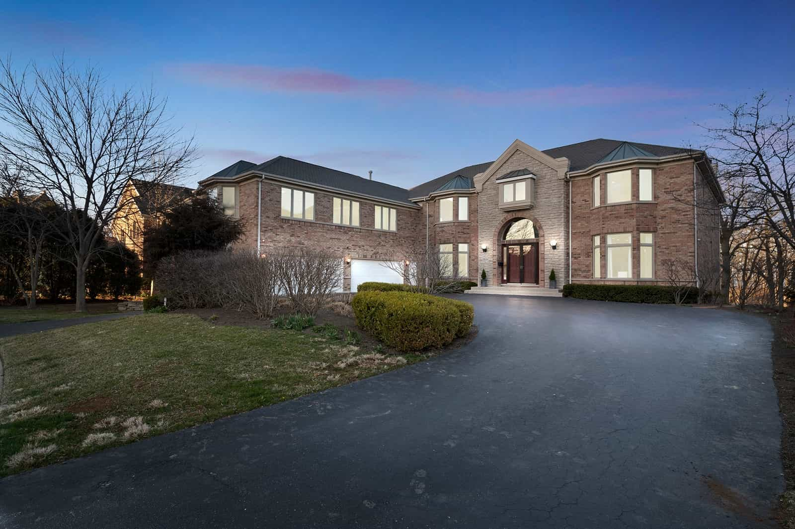 Real Estate Photography in Waukegan - IL - USA - Front View