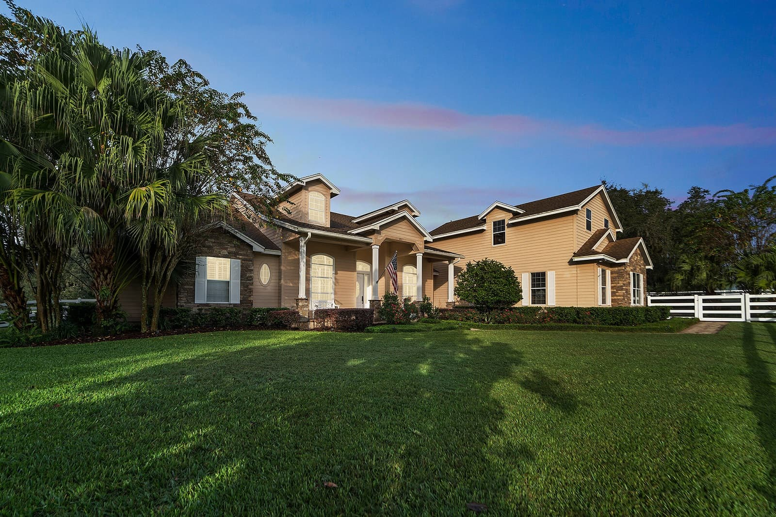 Real Estate Photography in Apopka - FL - USA - Front View
