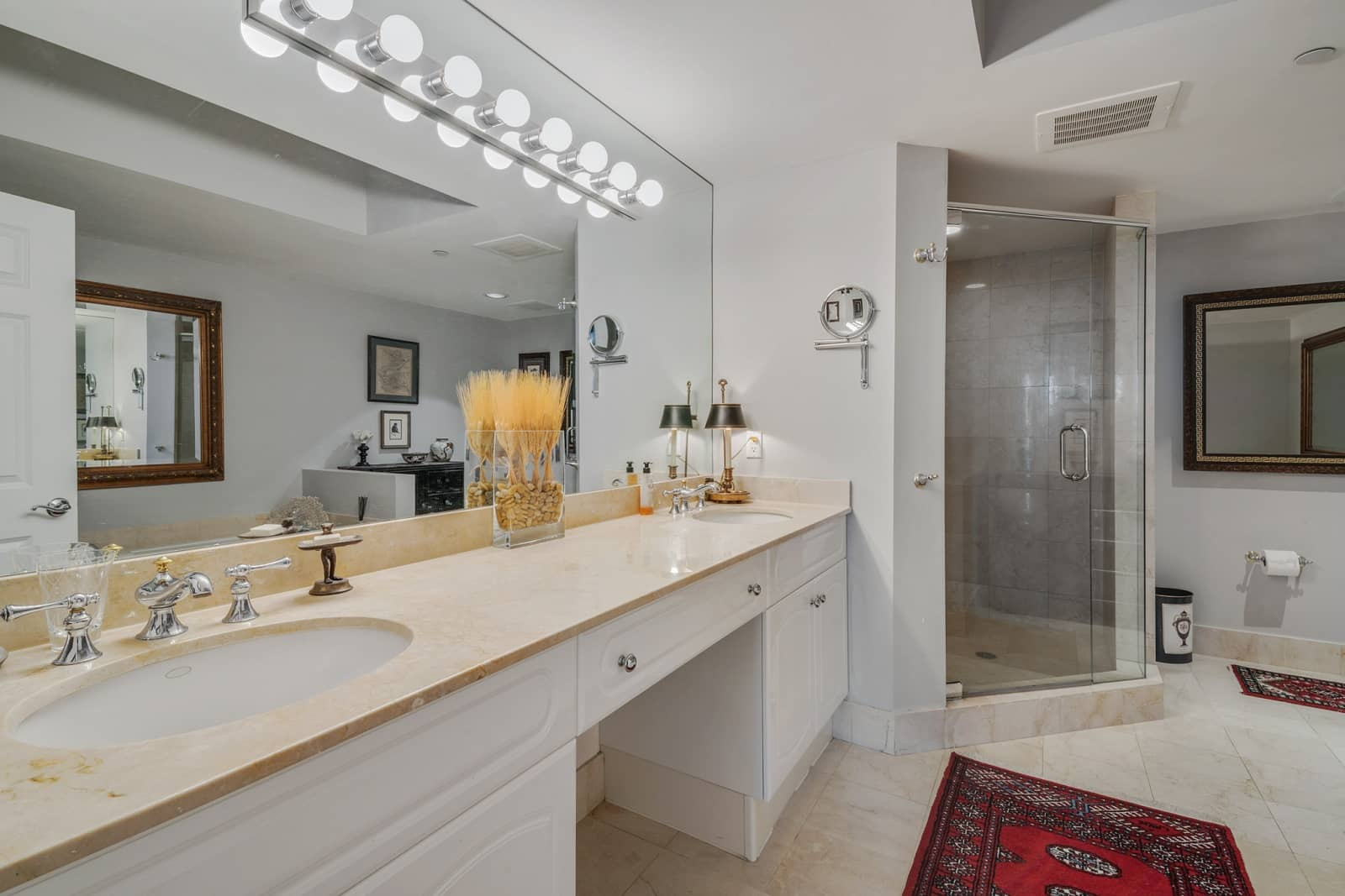 Real Estate Photography in Fort Lauderdale - FL - USA - Bathroom View