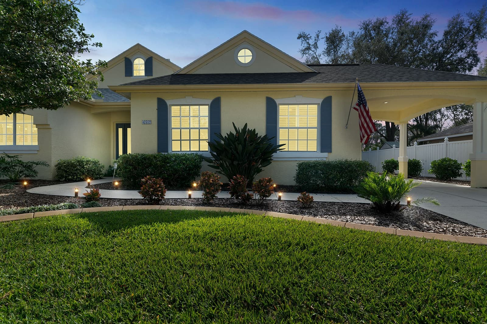 Real Estate Photography in Bradenton - FL - USA - Front View