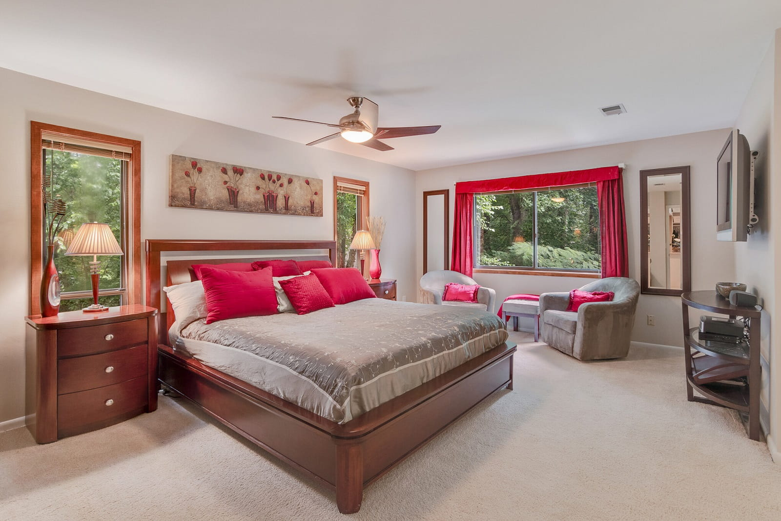 Real Estate Photography in Johns Creek - GA - USA - Bedroom View