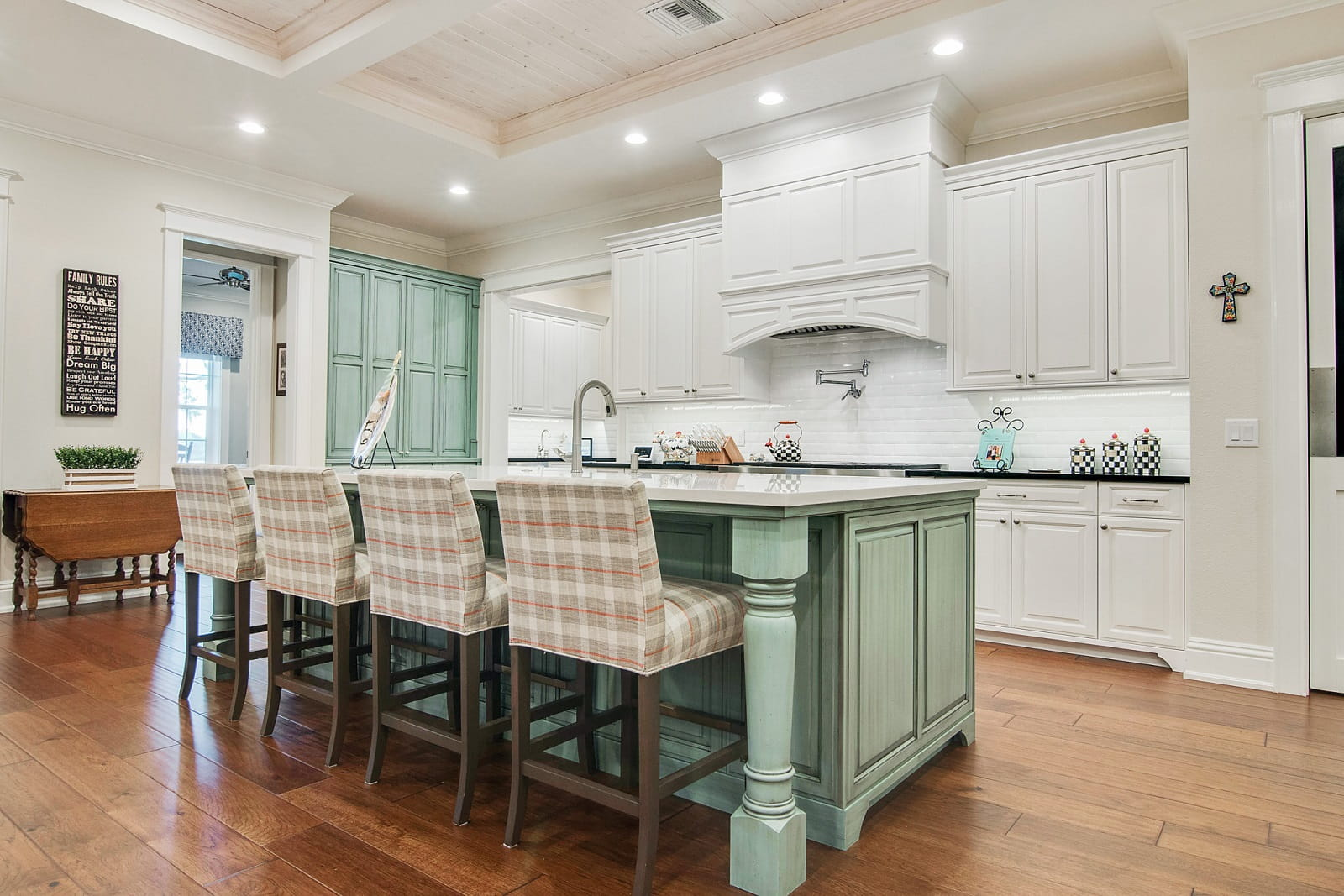 Real Estate Photography in Lakeland - FL - USA - Kitchen View