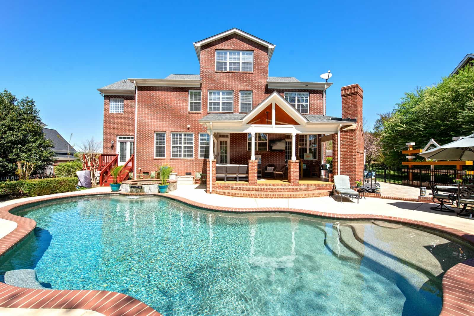 Real Estate Photography in Matthews - NC - USA - Front View