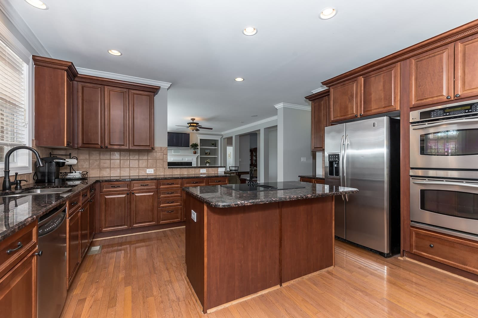 Real Estate Photography in Matthews - NC - USA - Kitchen View