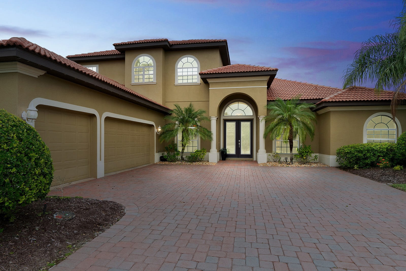 Real Estate Photography in Sarasota - FL - USA - Front View