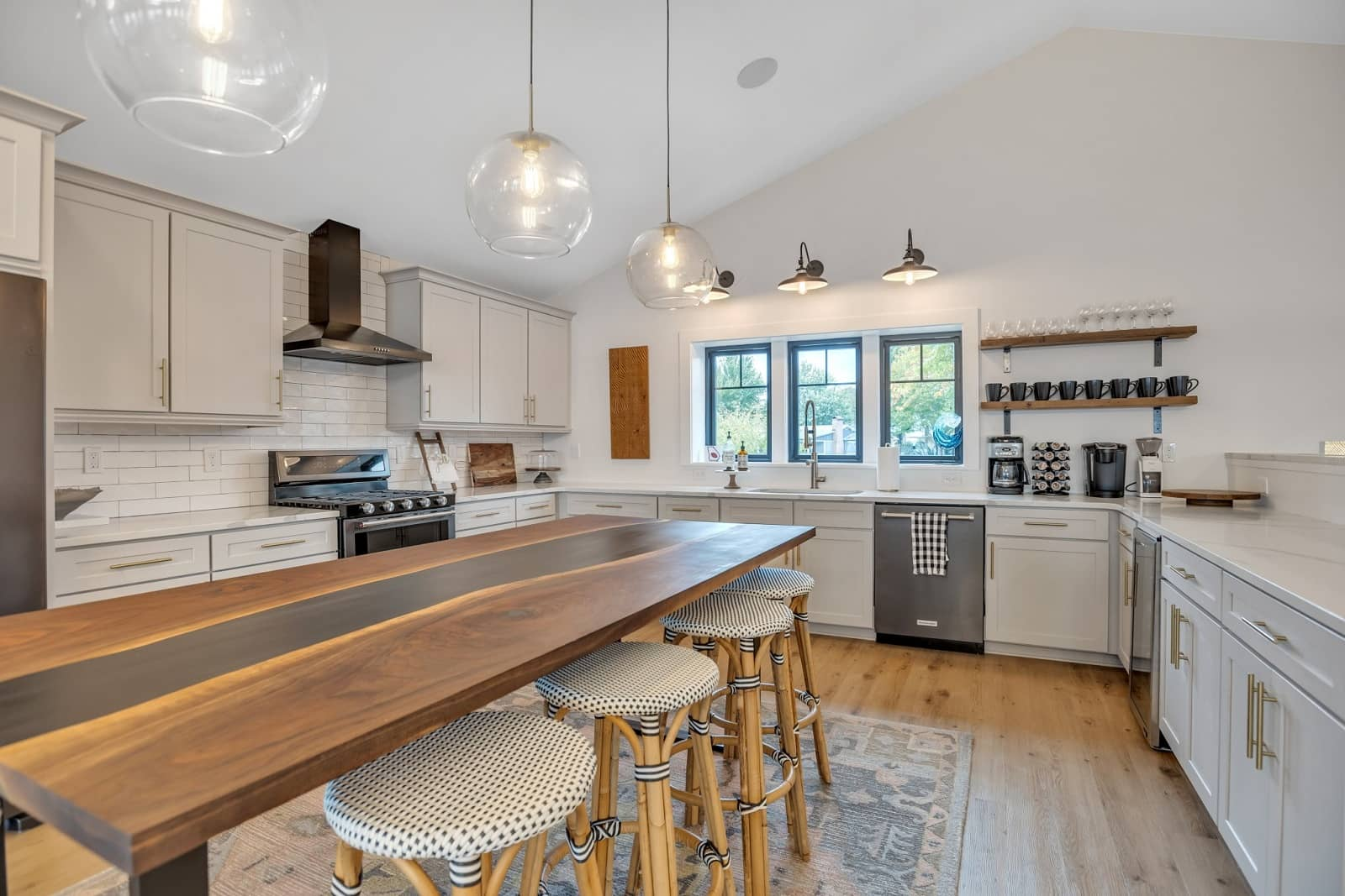 Real Estate Photography in Mooresville - NC - USA - Kitchen View