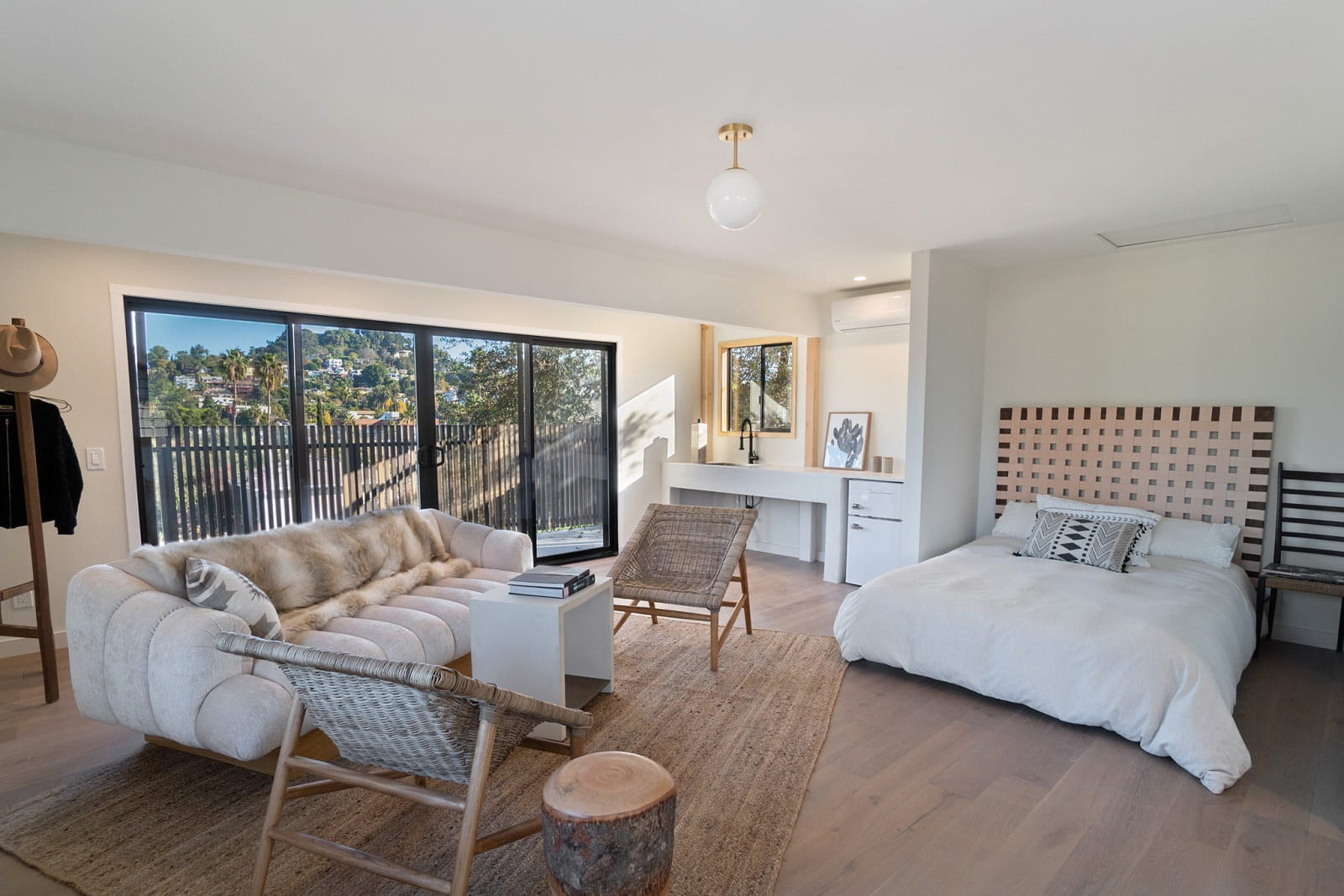 Real Estate Photography in Los Angeles - CA - USA - Bedroom View