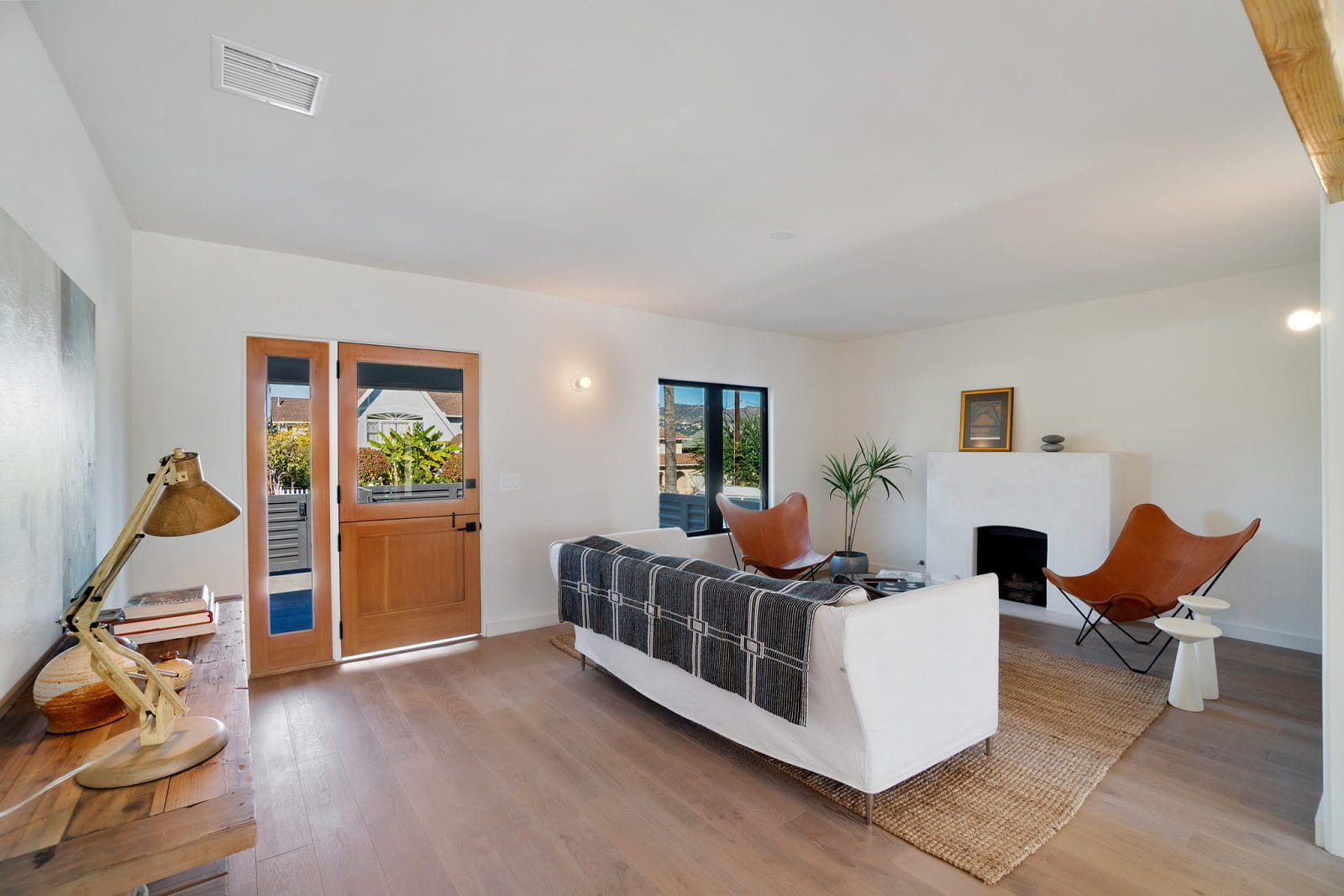 Real Estate Photography in Los Angeles - CA - USA - Living Area View