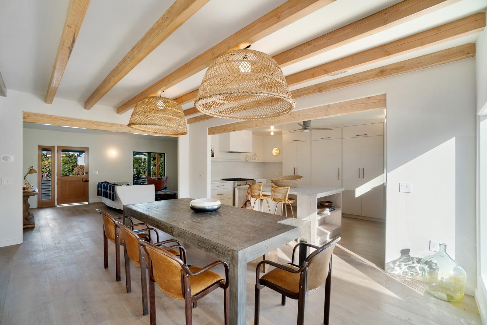 Real Estate Photography in Los Angeles - CA - USA - Dining Area View
